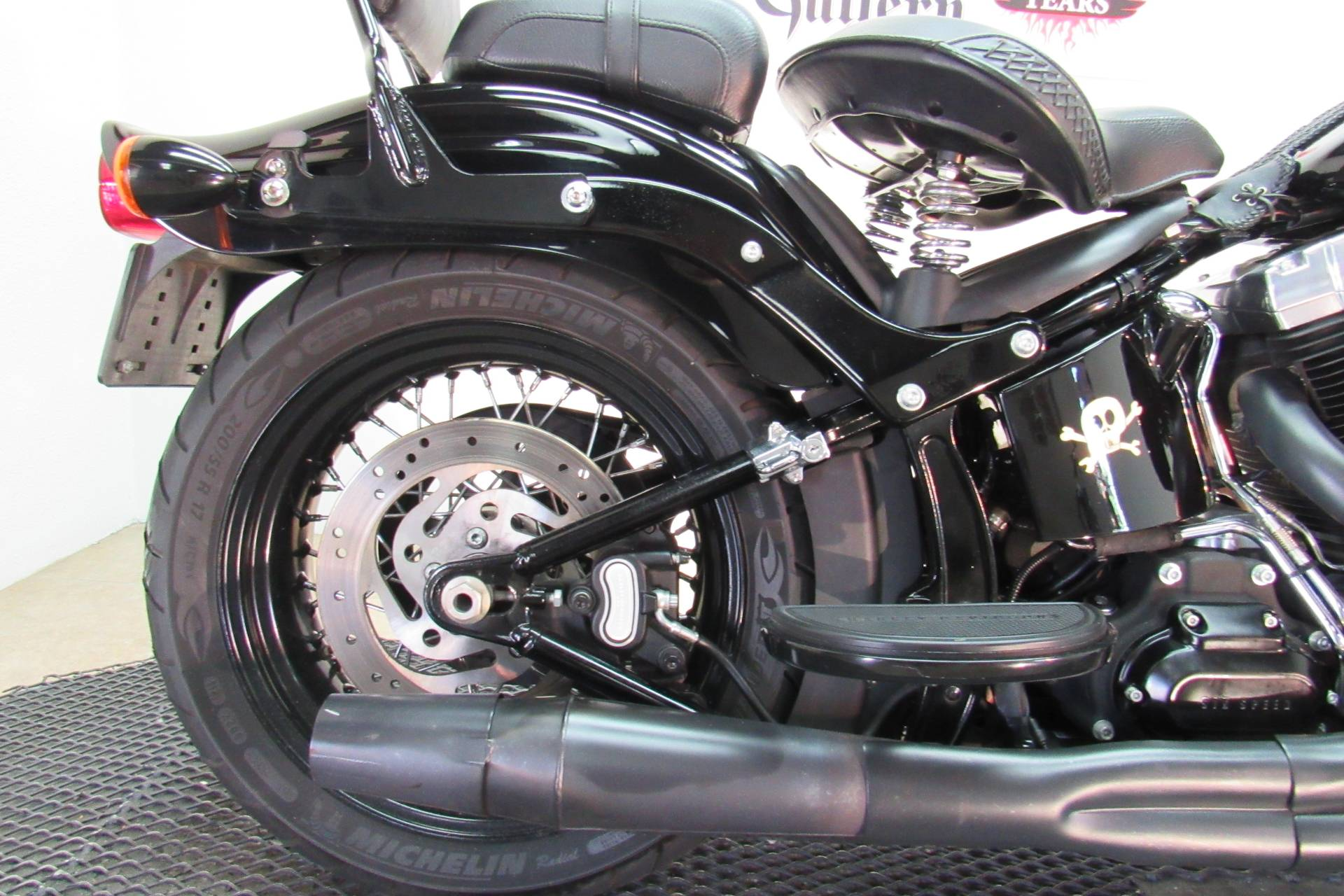 2010 Harley-Davidson Softail® Cross Bones™ in Temecula, California - Photo 14
