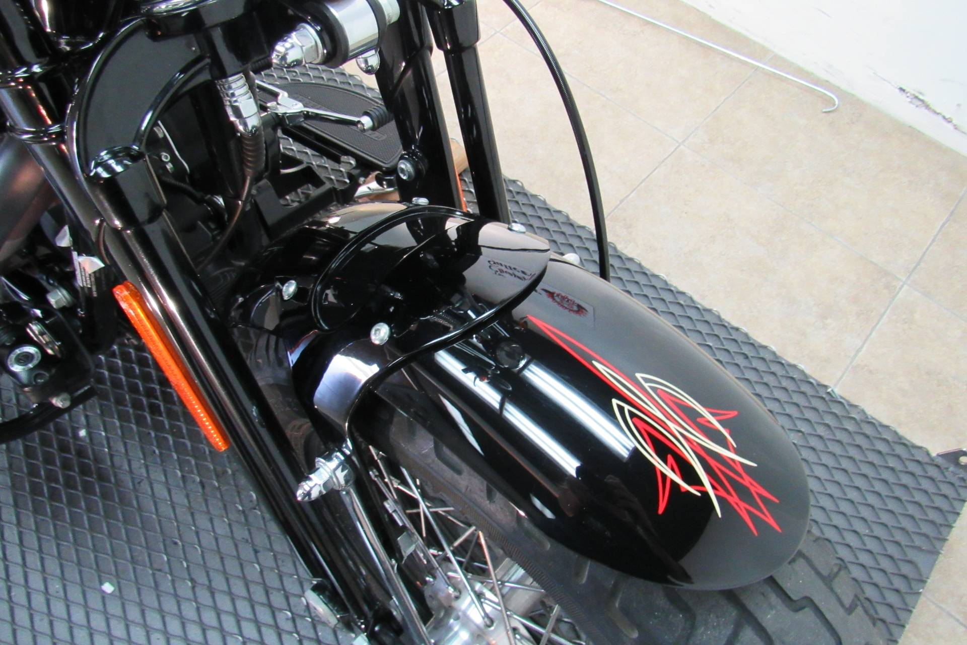 2010 Harley-Davidson Softail® Cross Bones™ in Temecula, California - Photo 16