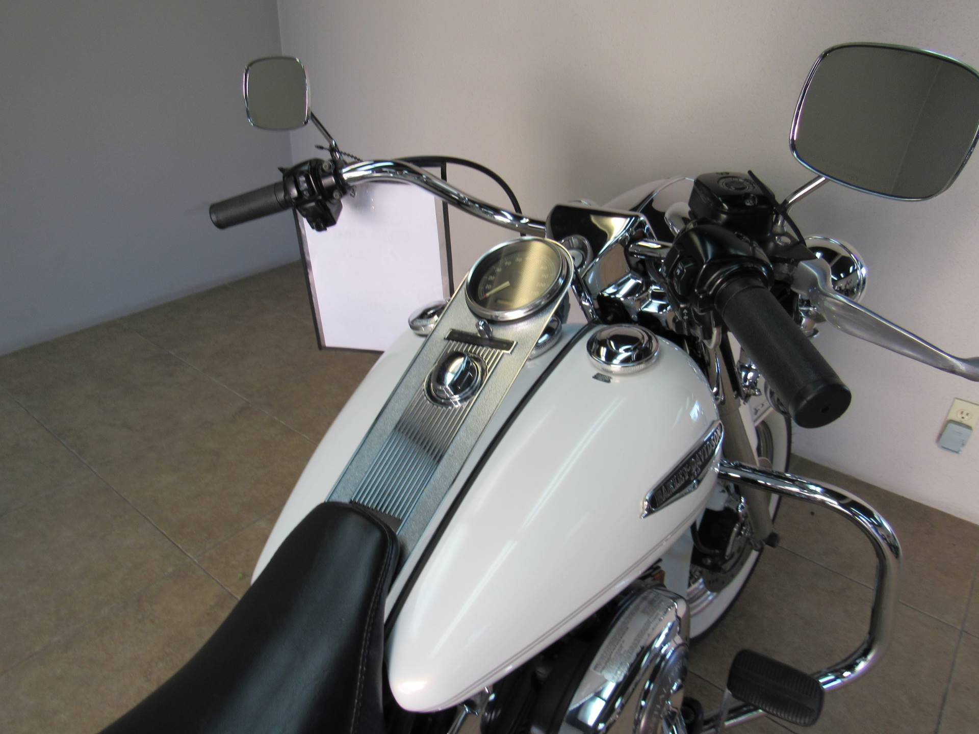 2002 Harley-Davidson FLHRCI Road King® Classic in Temecula, California - Photo 11