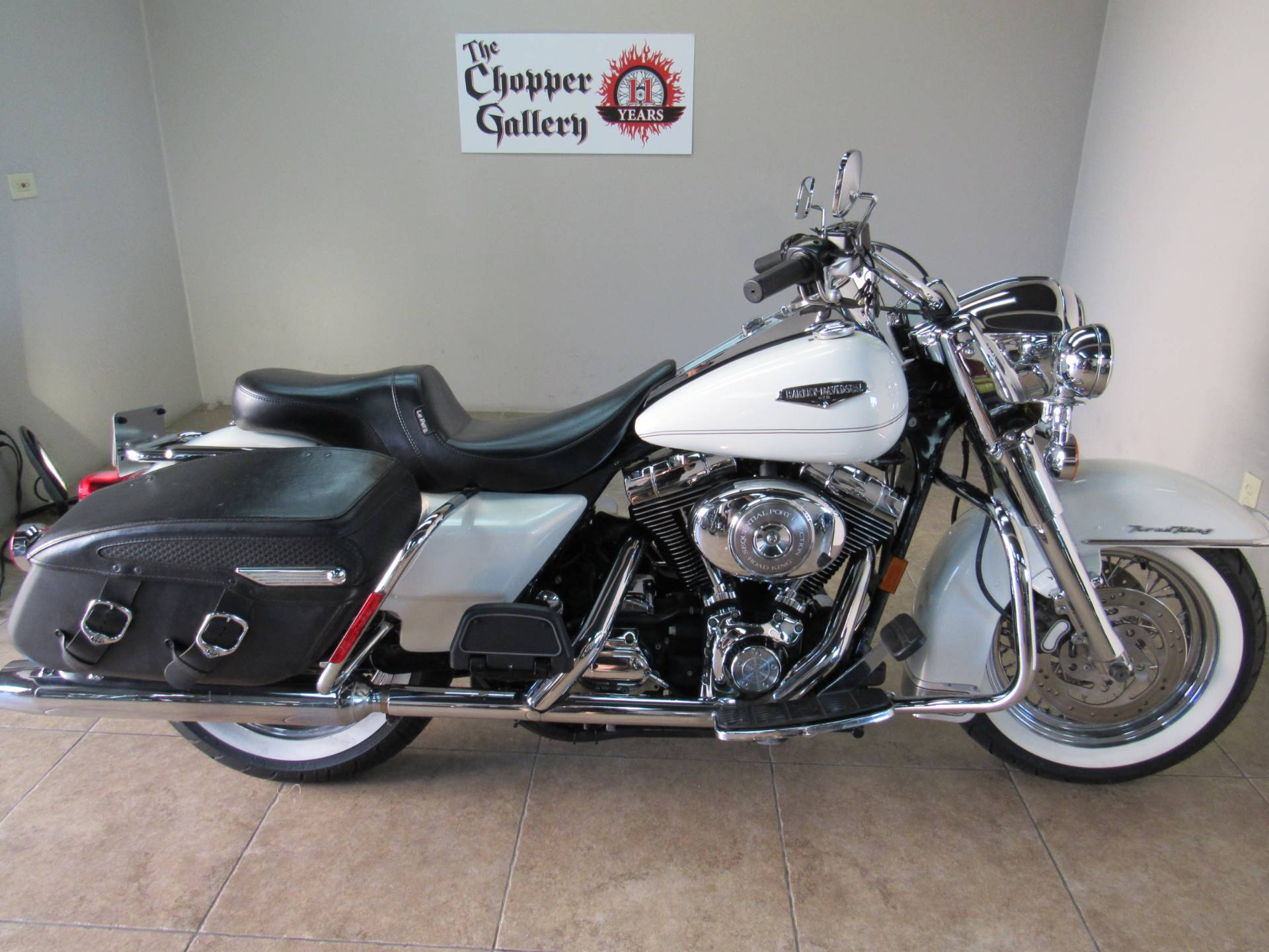 2002 Harley-Davidson FLHRCI Road King® Classic in Temecula, California - Photo 12