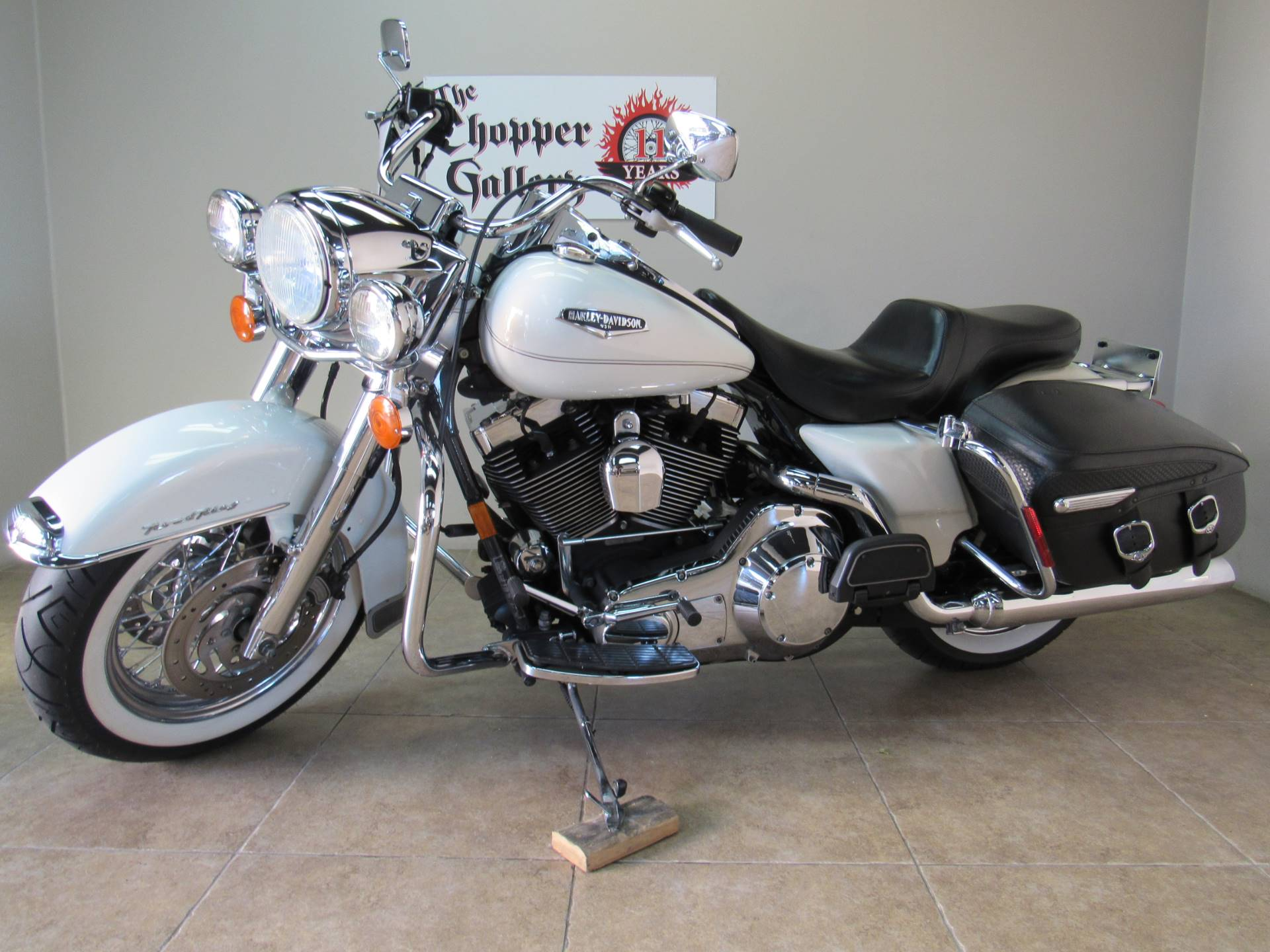 2002 Harley-Davidson FLHRCI Road King® Classic in Temecula, California - Photo 1