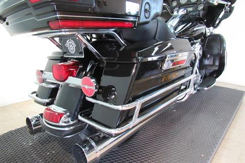 2011 Harley-Davidson Electra Glide® Ultra Limited in Temecula, California - Photo 16