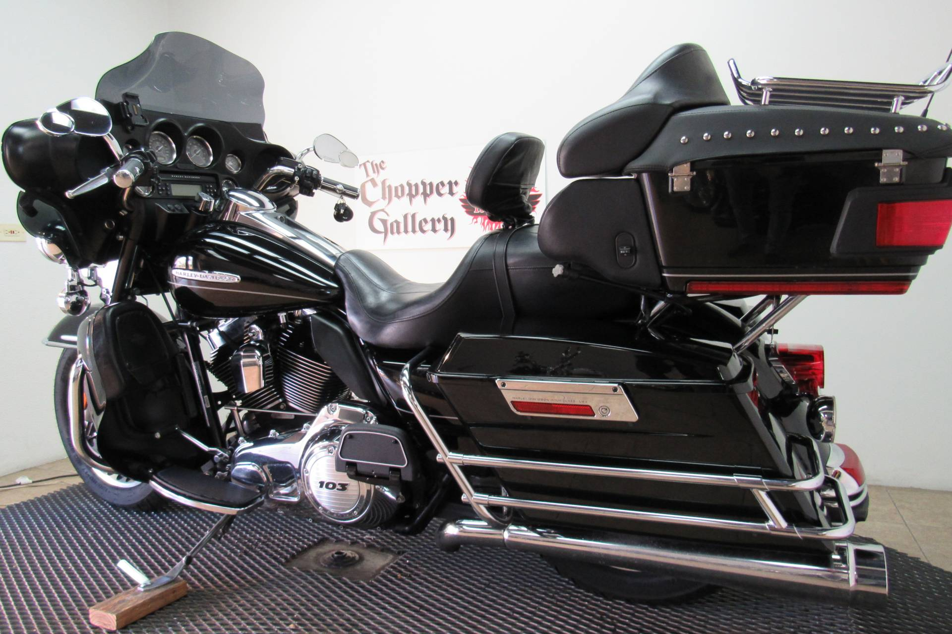 2011 Harley-Davidson Electra Glide® Ultra Limited in Temecula, California - Photo 3