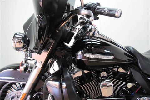 2011 Harley-Davidson Electra Glide® Ultra Limited in Temecula, California - Photo 5