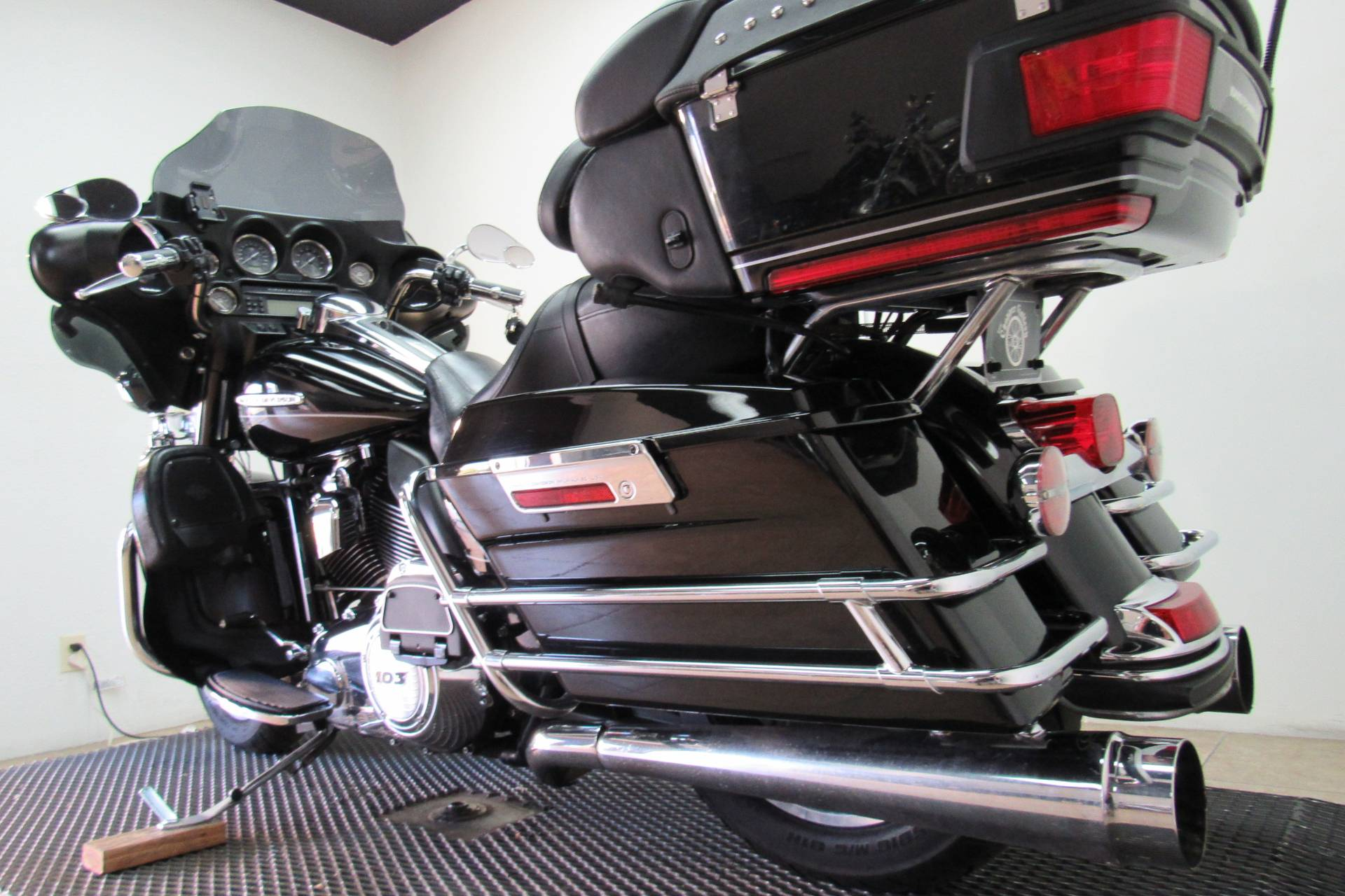 2011 Harley-Davidson Electra Glide® Ultra Limited in Temecula, California - Photo 25