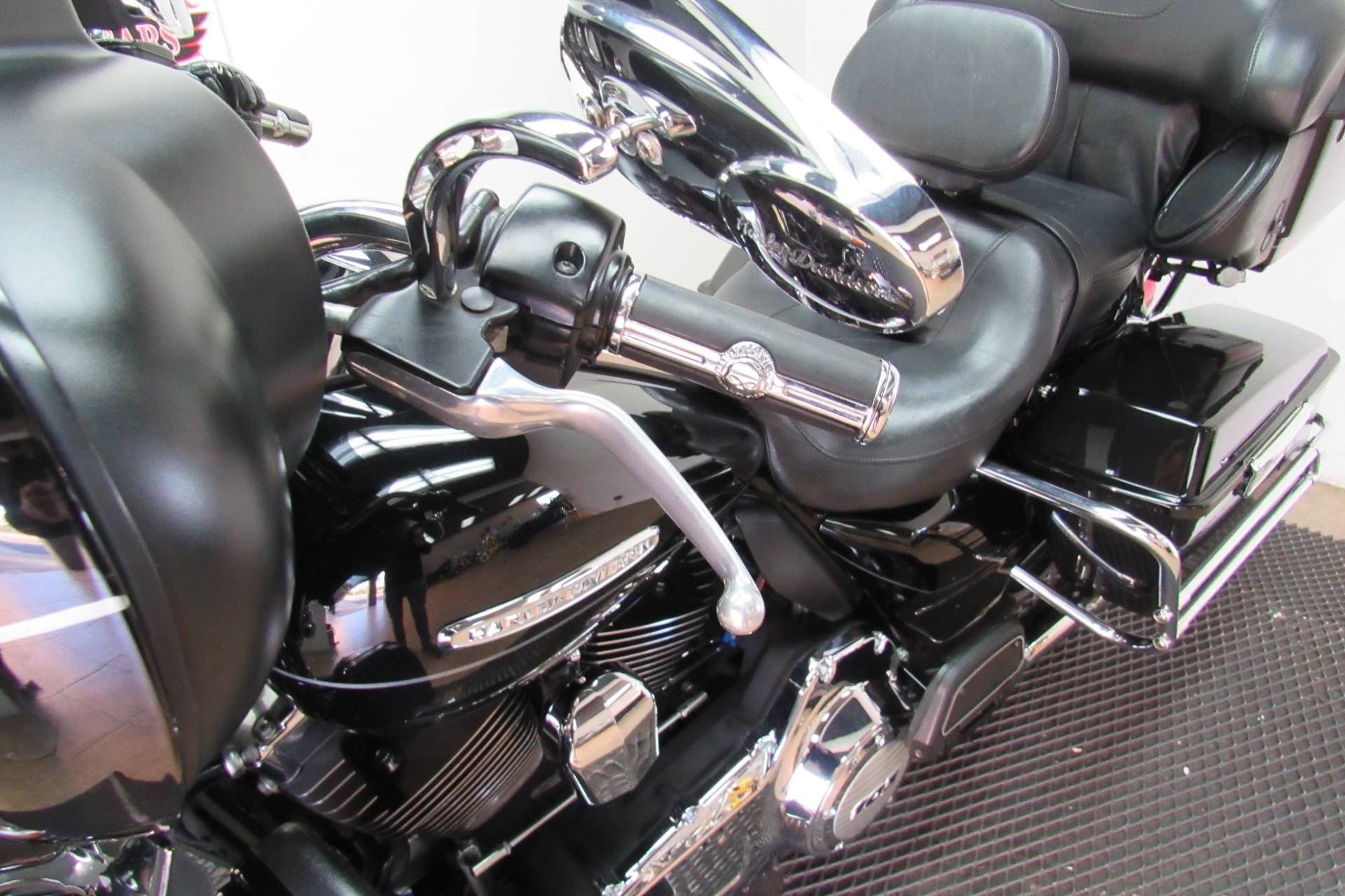 2011 Harley-Davidson Electra Glide® Ultra Limited in Temecula, California - Photo 26