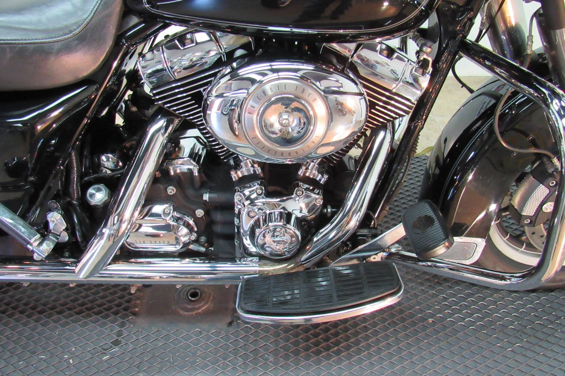 2008 Harley-Davidson Electra Glide® Classic in Temecula, California - Photo 5