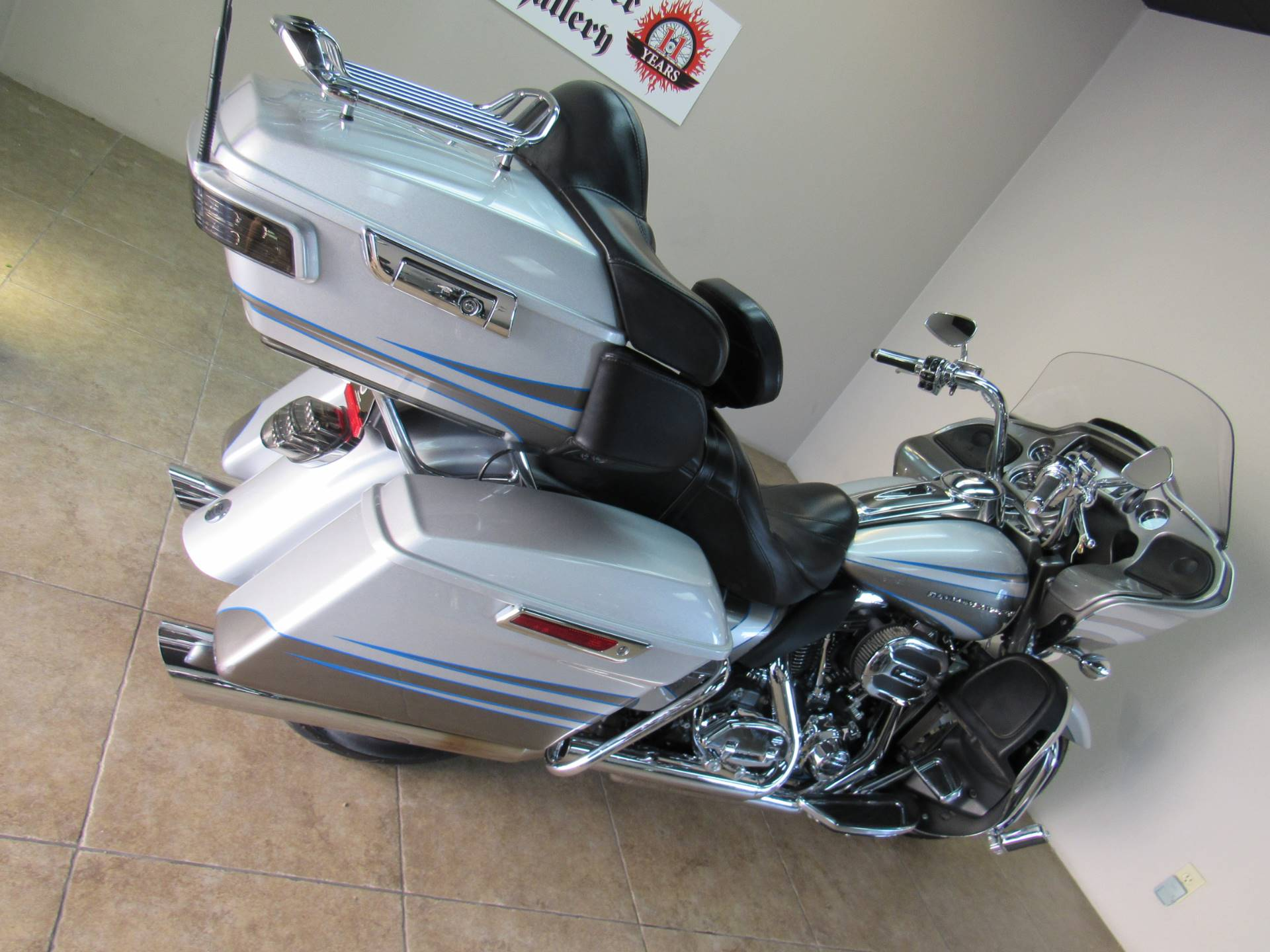 2016 Harley-Davidson CVO™ Road Glide™ Ultra in Temecula, California - Photo 13