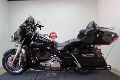 2014 Harley-Davidson Ultra Limited in Temecula, California - Photo 2