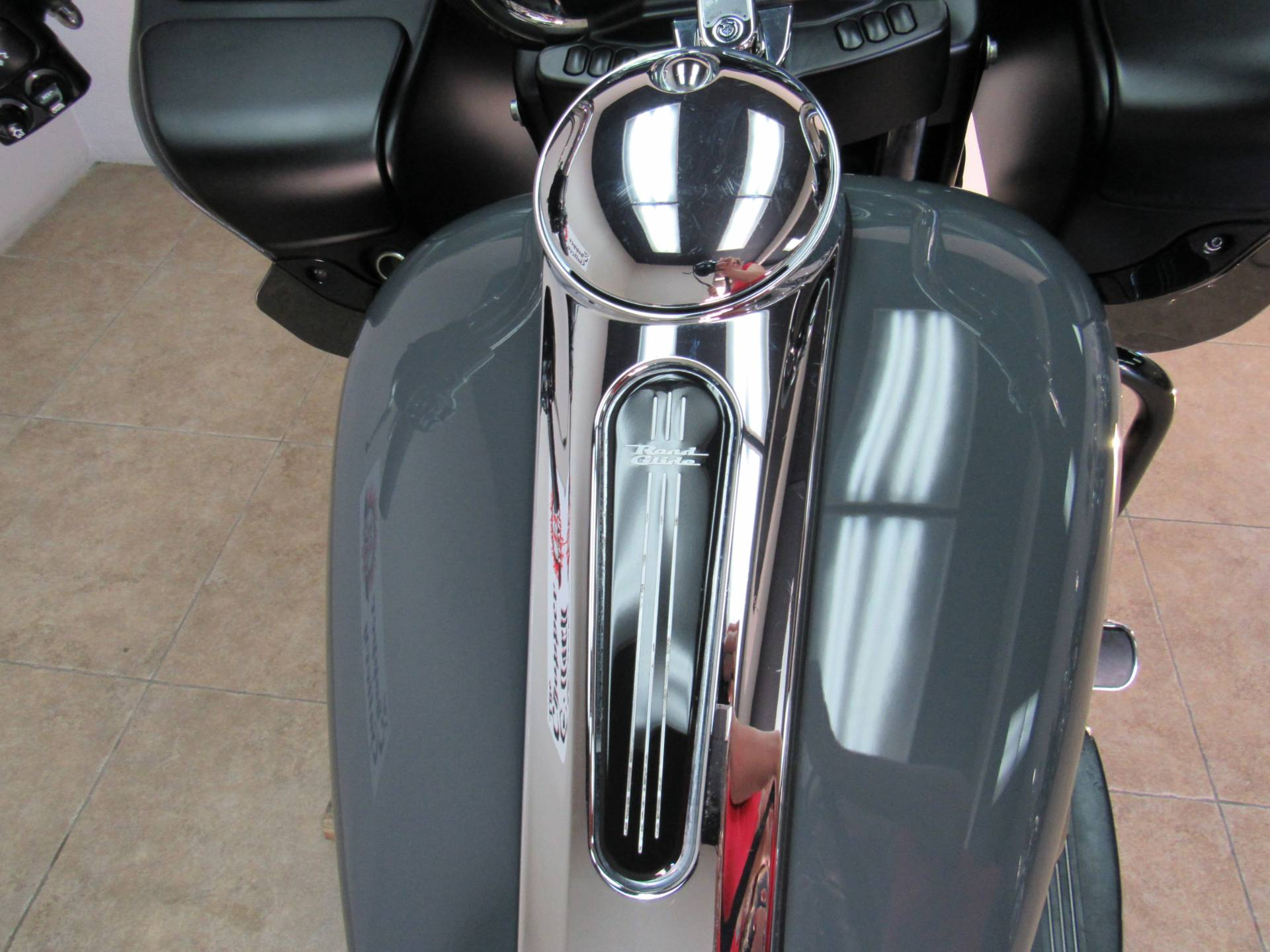 2015 Harley-Davidson Road Glide® Special in Temecula, California - Photo 22