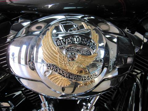 2009 Harley-Davidson Ultra Classic® Electra Glide® in Temecula, California - Photo 5