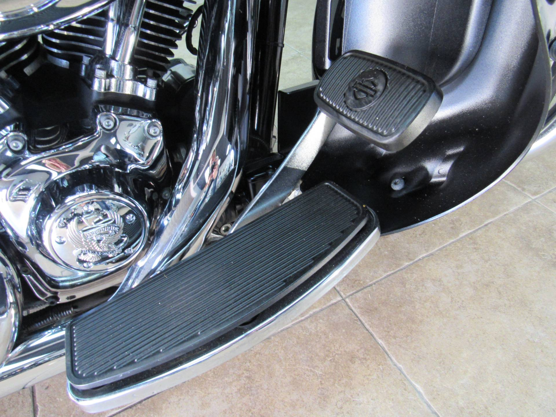 2009 Harley-Davidson Ultra Classic® Electra Glide® in Temecula, California - Photo 23