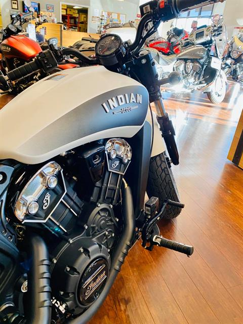 2020 Indian Scout® Bobber ABS in Fredericksburg, Virginia - Photo 11