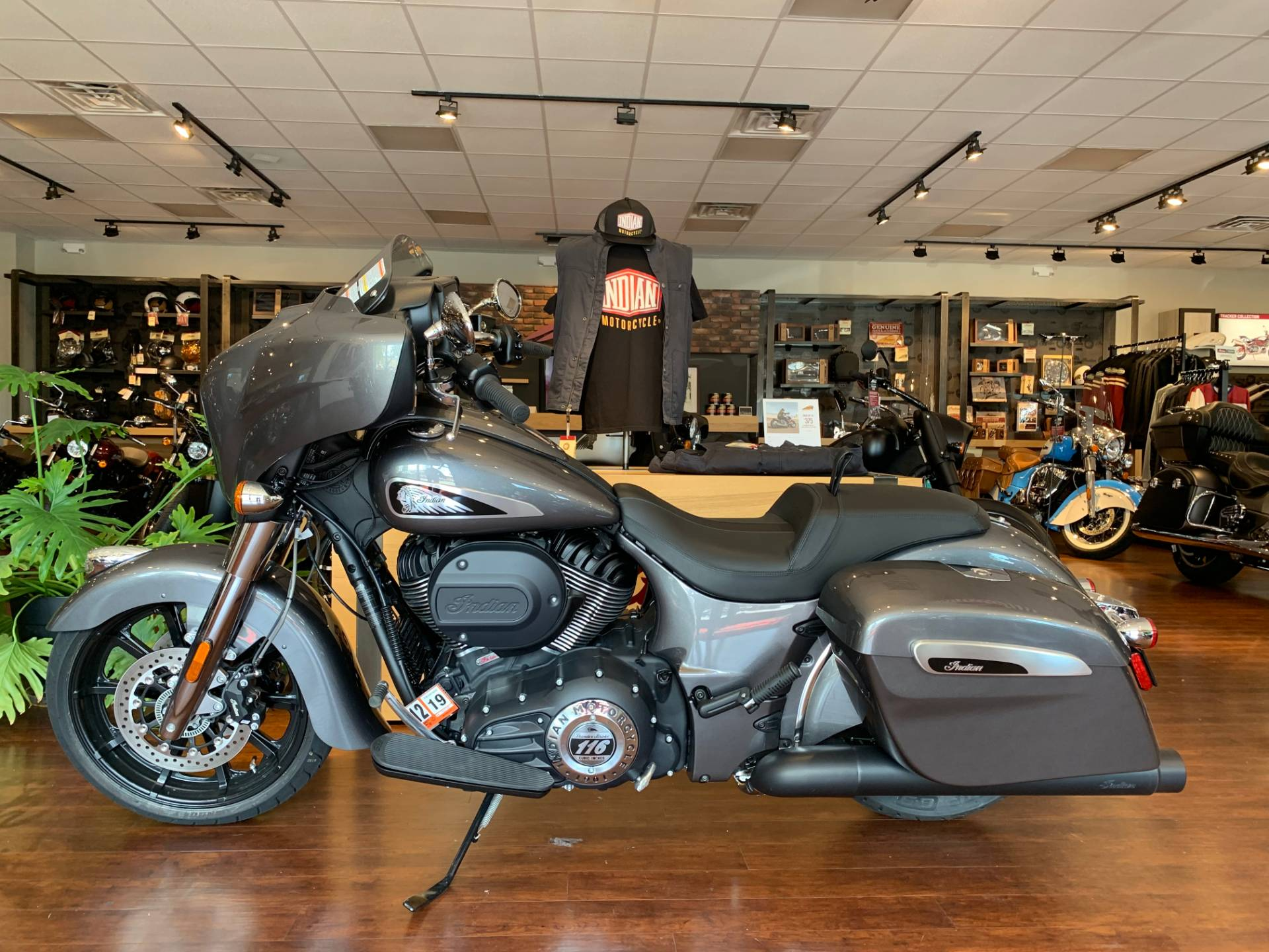 2019 Indian Chieftain® ABS in Fredericksburg, Virginia - Photo 2