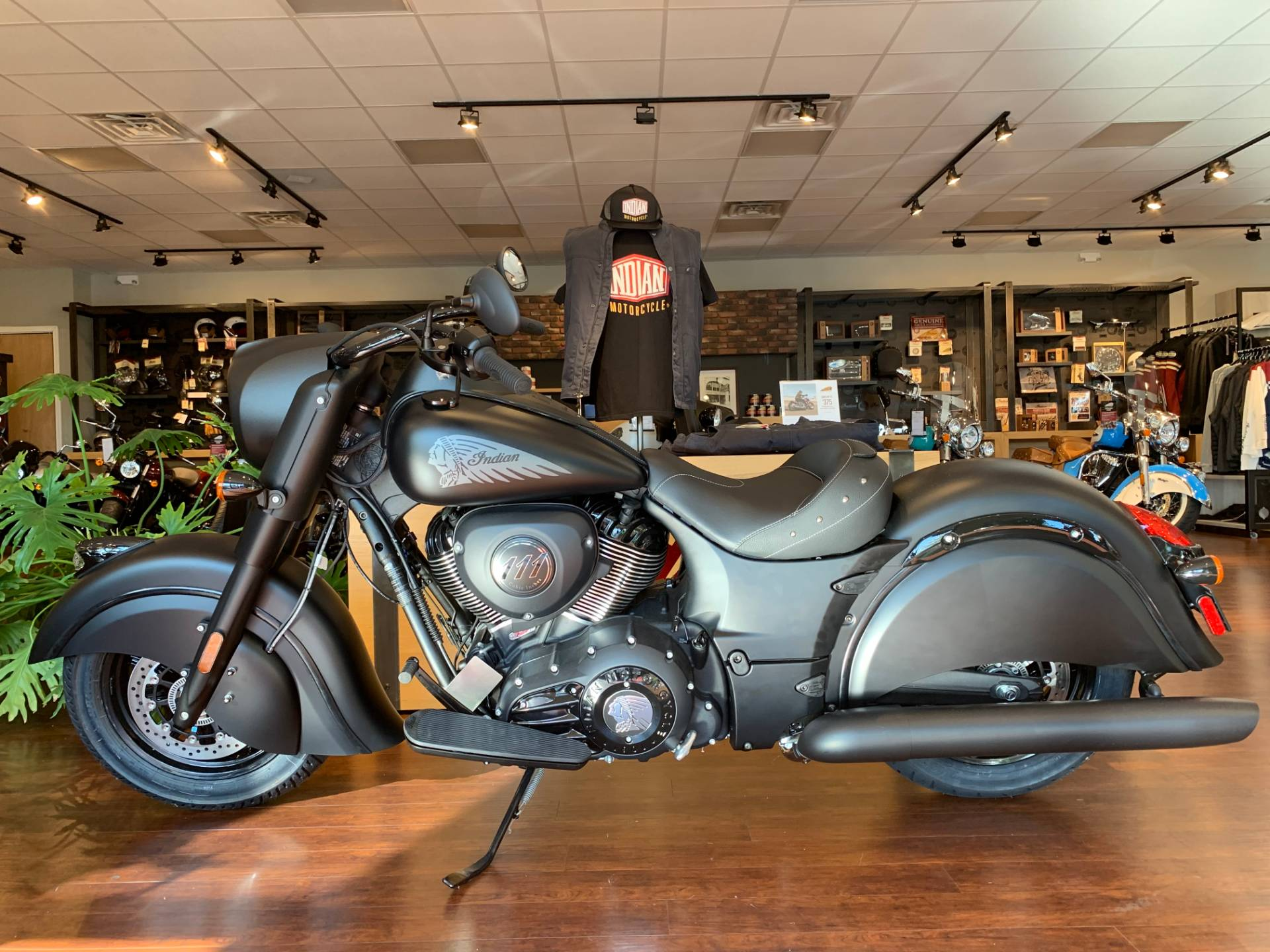 2019 Indian Chief® Dark Horse® ABS in Fredericksburg, Virginia - Photo 2