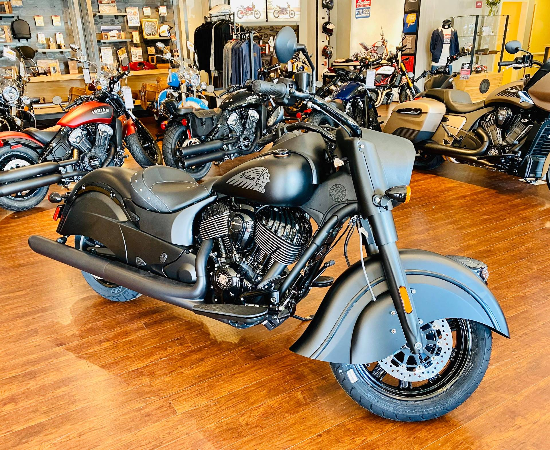 2020 Indian Chief® Dark Horse® in Fredericksburg, Virginia - Photo 9