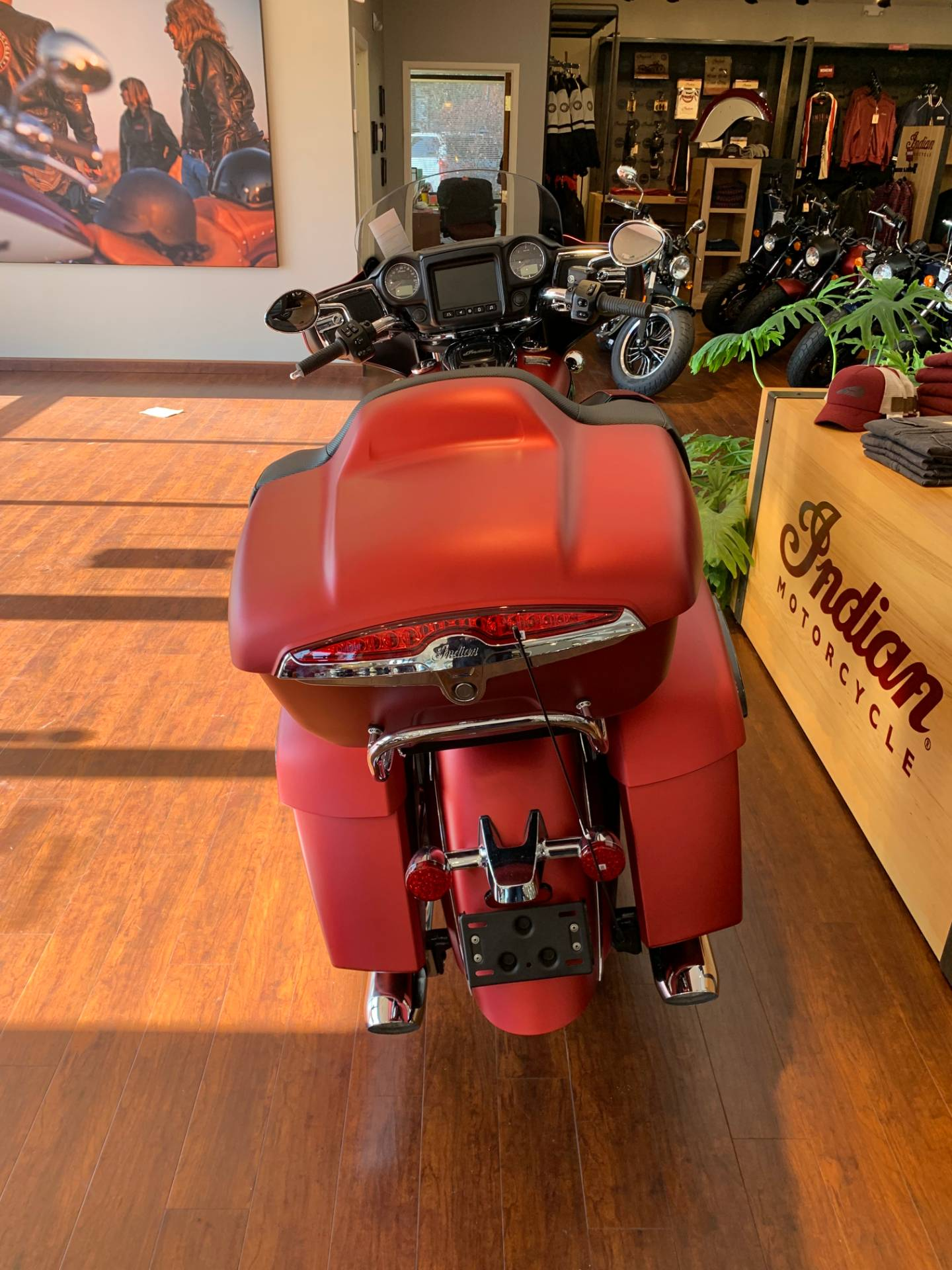 2020 Indian Roadmaster® Dark Horse® in Fredericksburg, Virginia - Photo 4