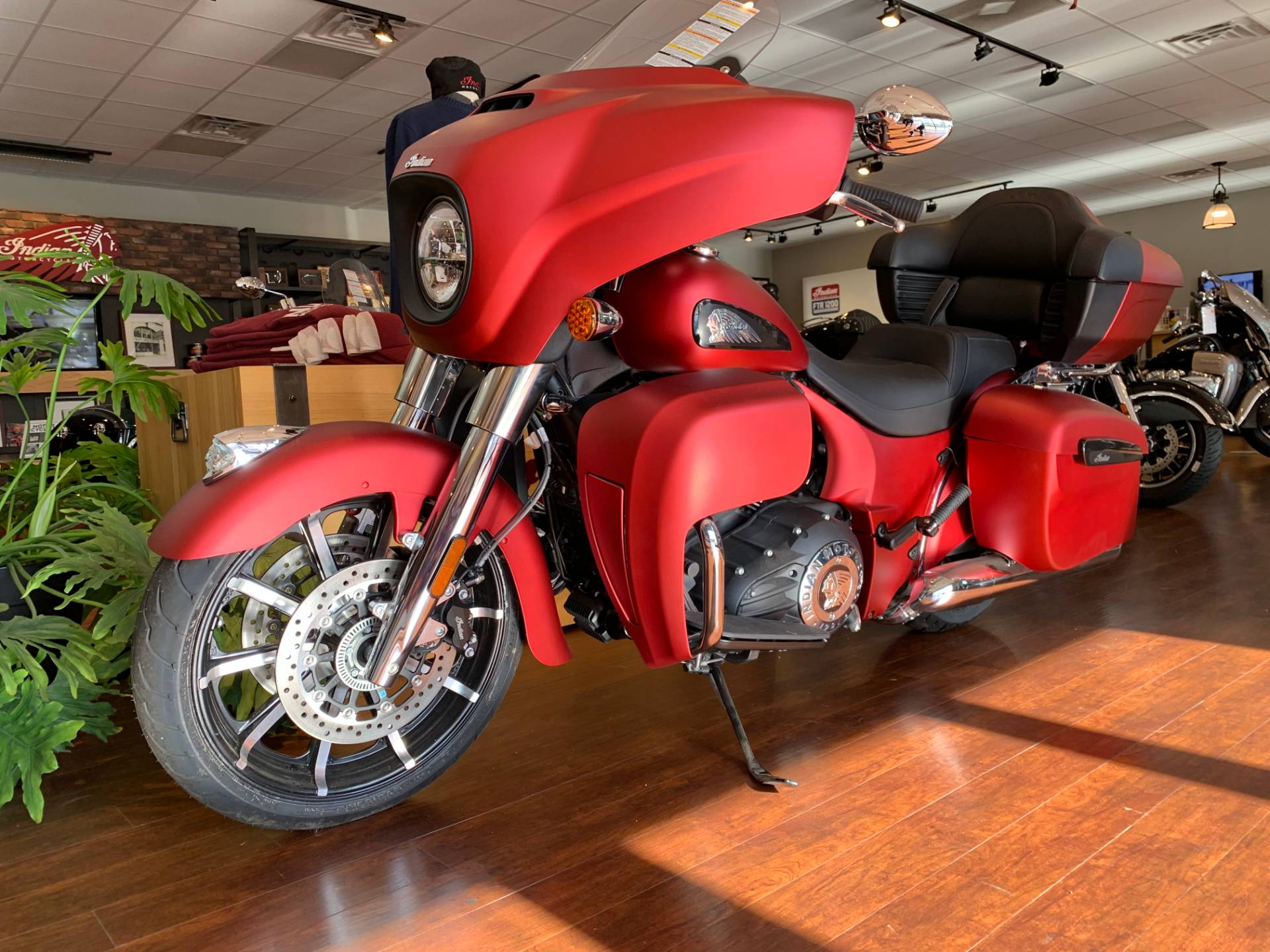 2020 Indian Roadmaster® Dark Horse® in Fredericksburg, Virginia - Photo 5