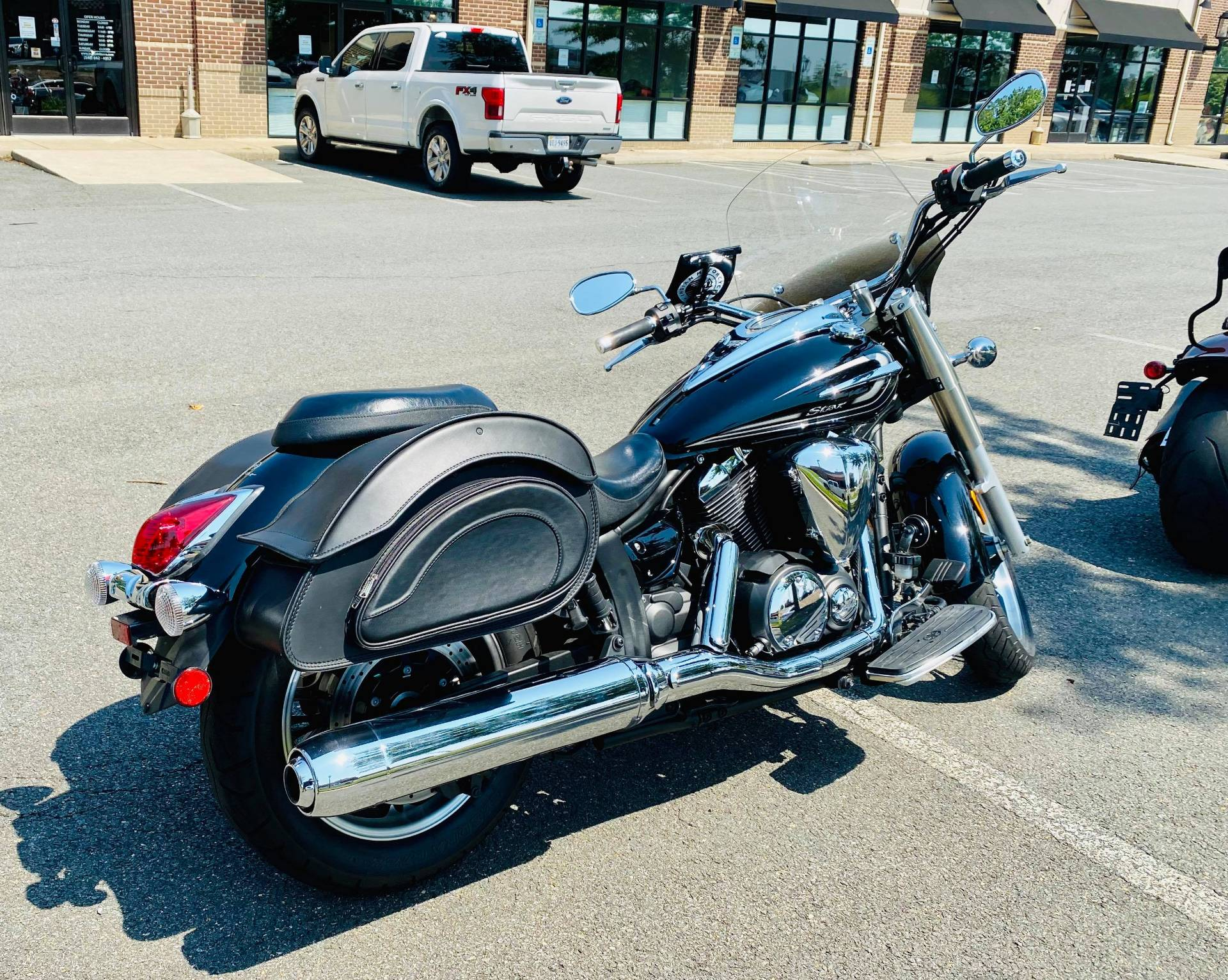 2015 Yamaha V Star 950 in Fredericksburg, Virginia - Photo 10