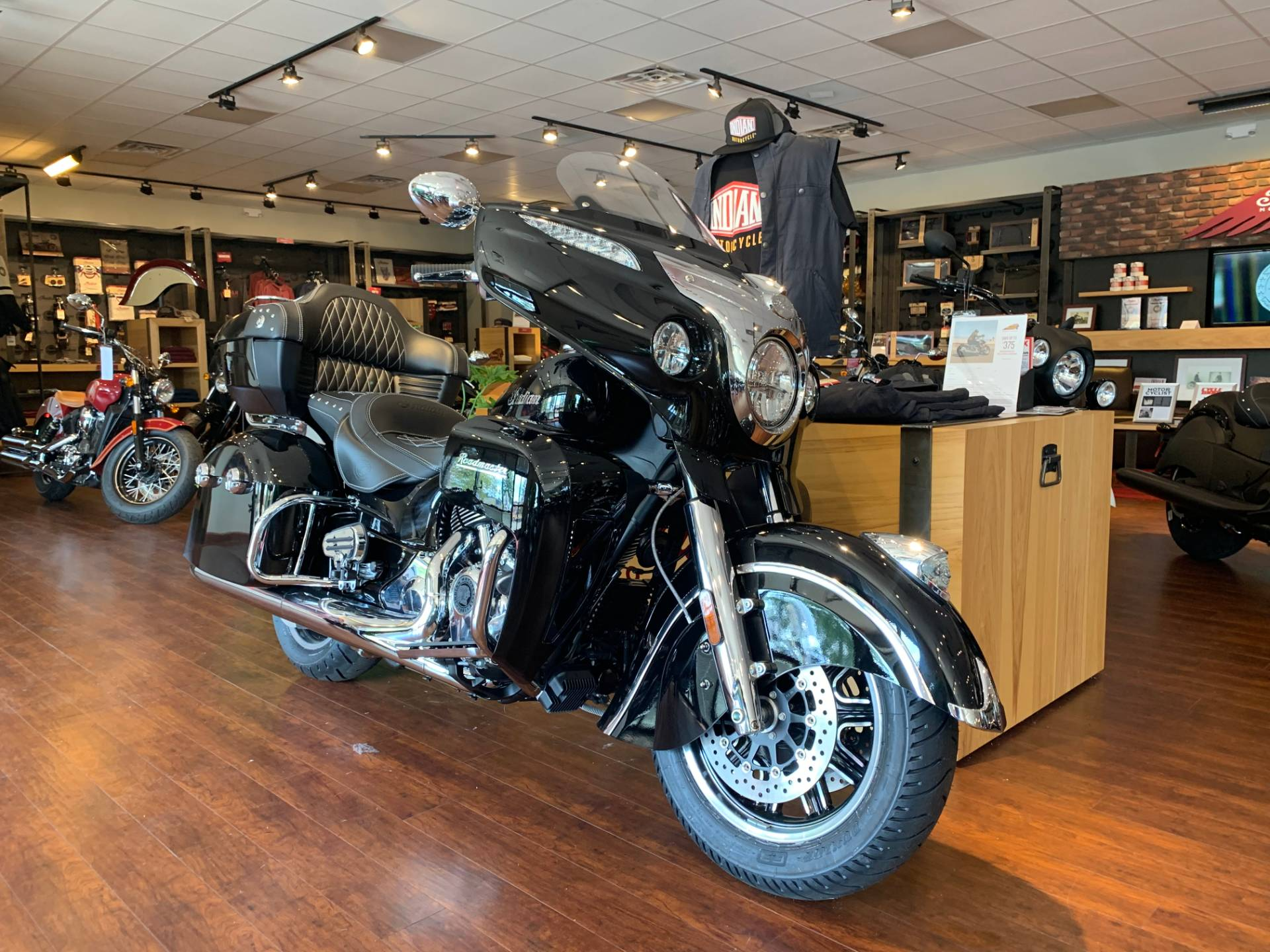 2019 Indian Roadmaster® ABS in Fredericksburg, Virginia - Photo 6