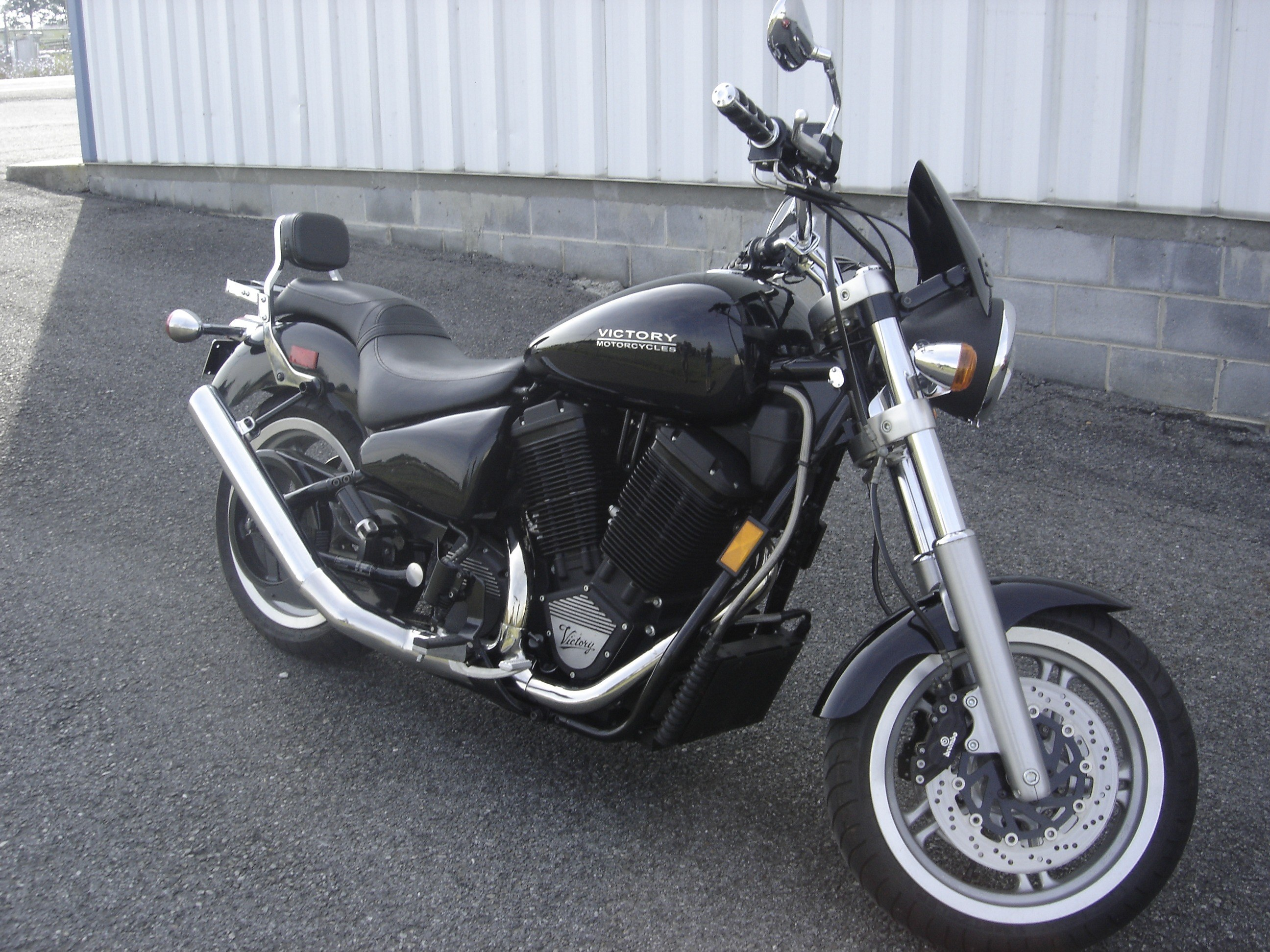 2000 Victory V92SC in Wytheville, Virginia - Photo 1