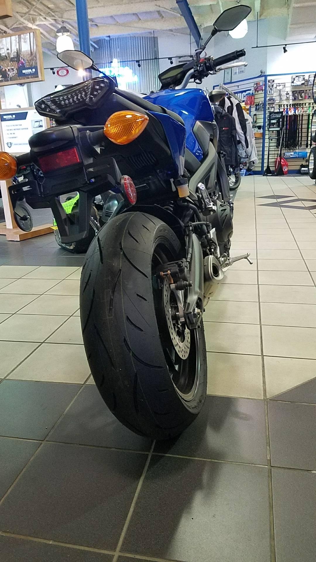 2016 Yamaha FZ-09 4