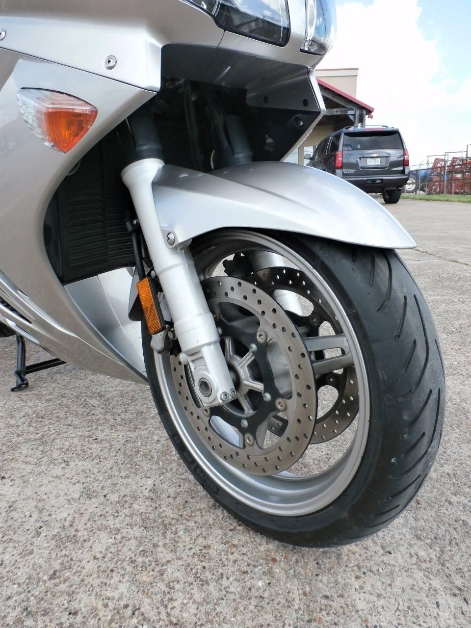 2011 Yamaha FJR1300A 4