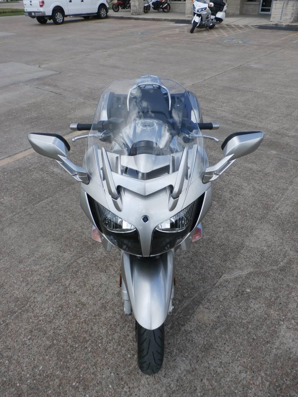 2011 Yamaha FJR1300A 11
