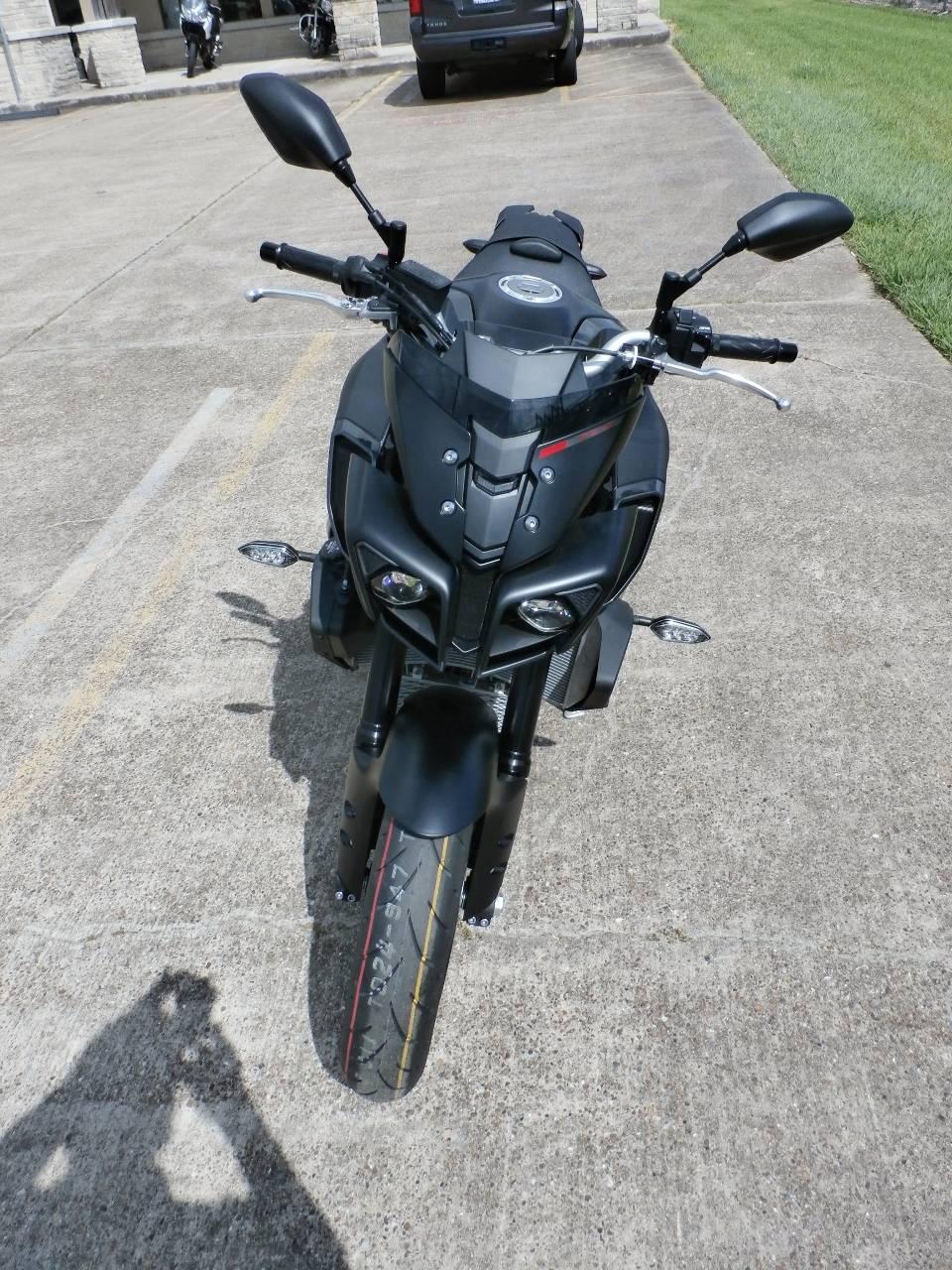 2017 Yamaha FZ-10 8
