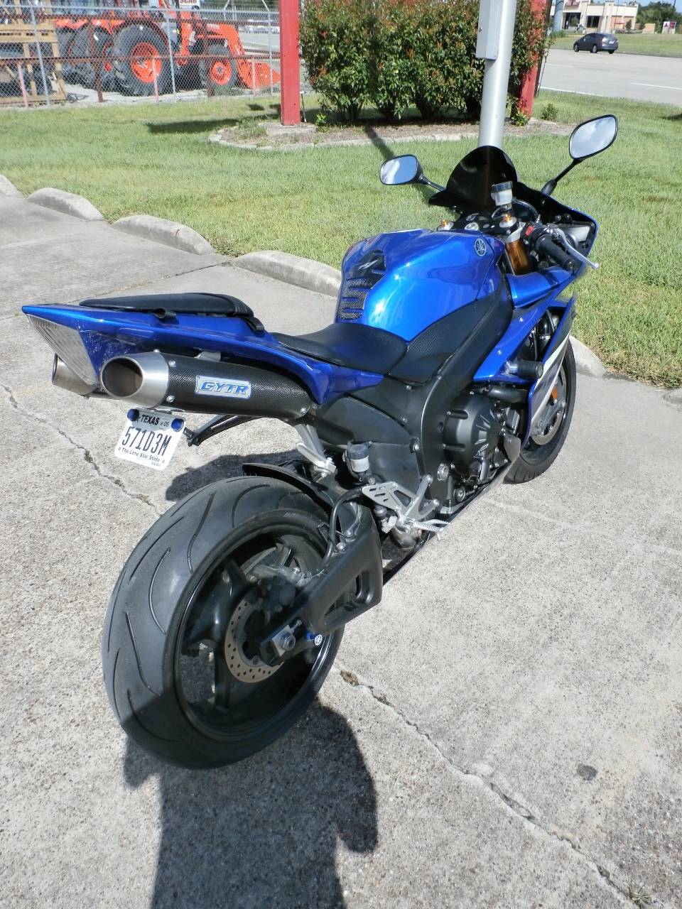 2007 Yamaha YZF-R1 3