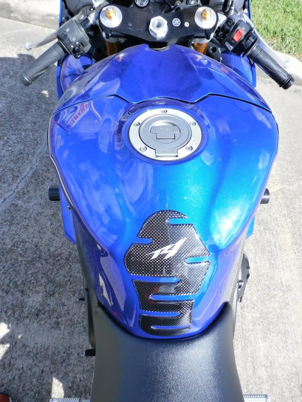 2007 Yamaha YZF-R1 12