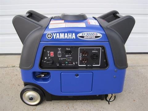 2016 Yamaha EF3000iS in Webster, Texas