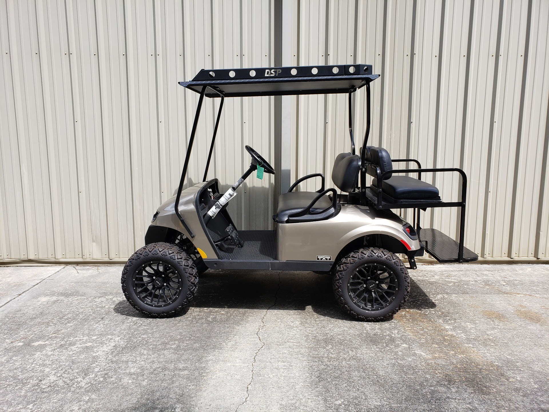 2019 E-Z-GO Freedom TXT Gas in Tifton, Georgia - Photo 2
