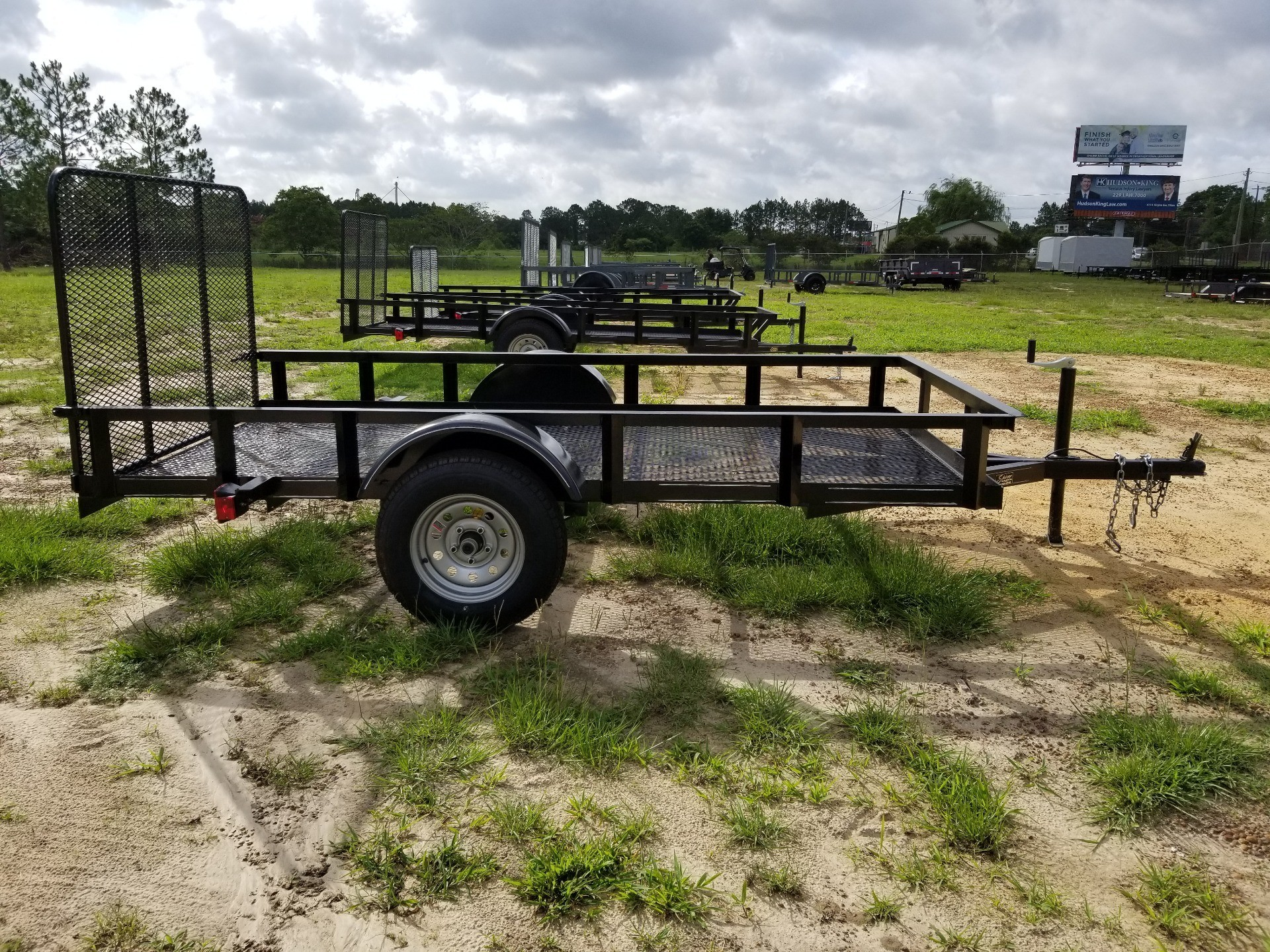 2019 Brewer Implement 5X10 SINGLE AXLE -  MESH FLOOR TRAILER in Tifton, Georgia - Photo 1