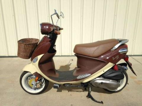 2013 Genuine Scooters Buddy 170i in Tifton, Georgia