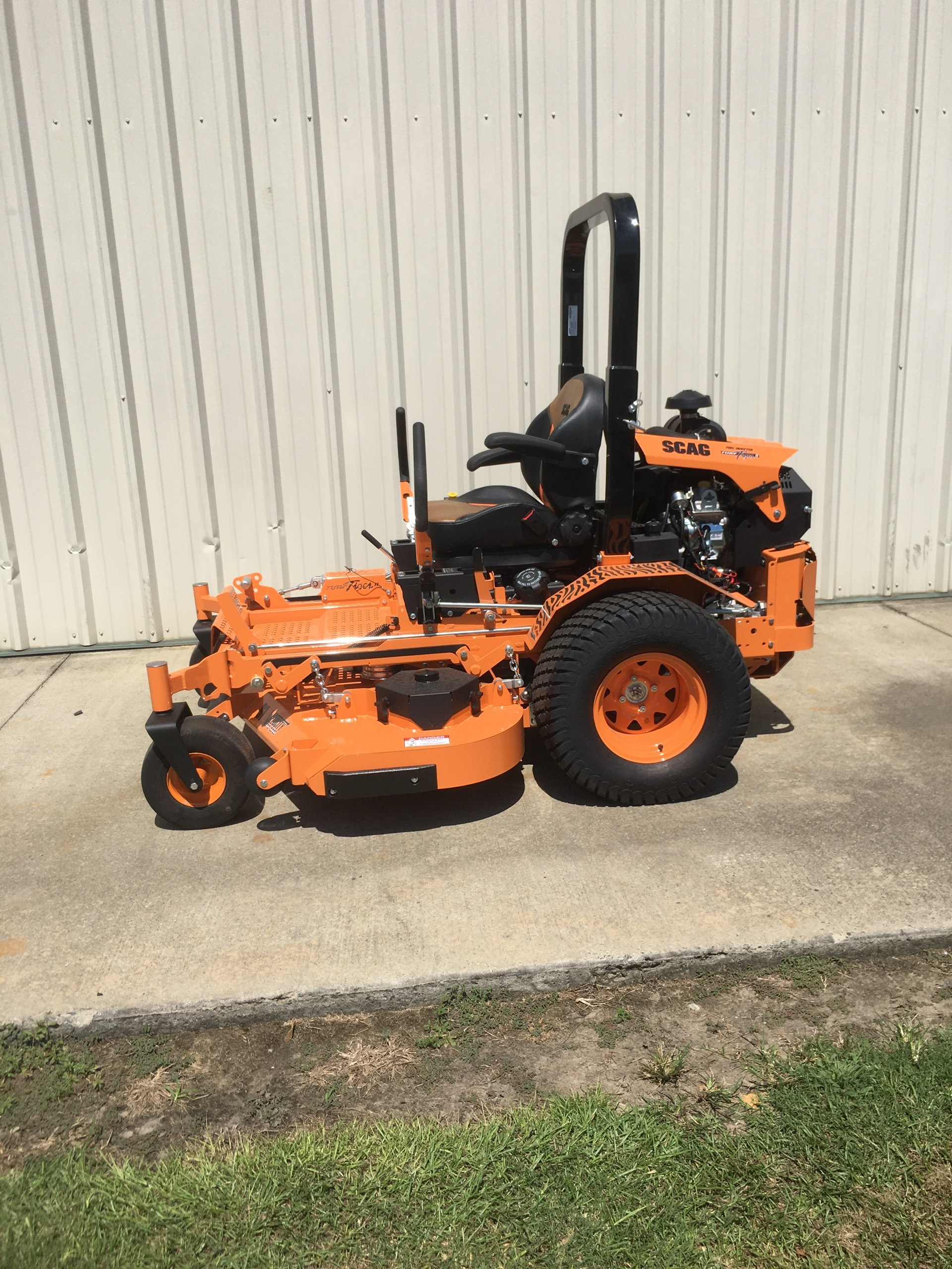 2020 SCAG Power Equipment Turf Tiger II 61 in. Briggs Vanguard EFI 37 hp in Tifton, Georgia - Photo 2
