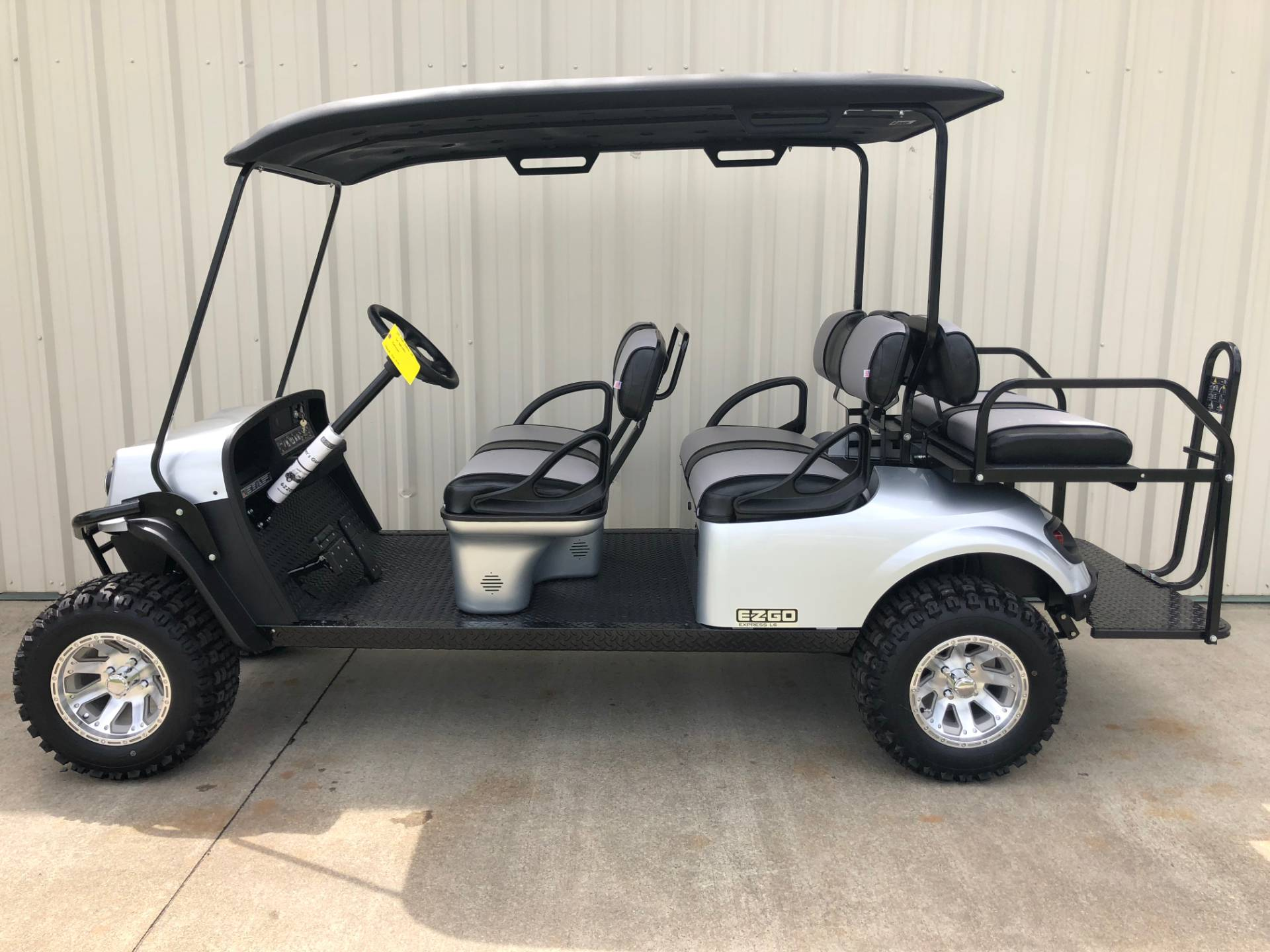 2018 E-Z-Go EXPRESS L6 in Tifton, Georgia