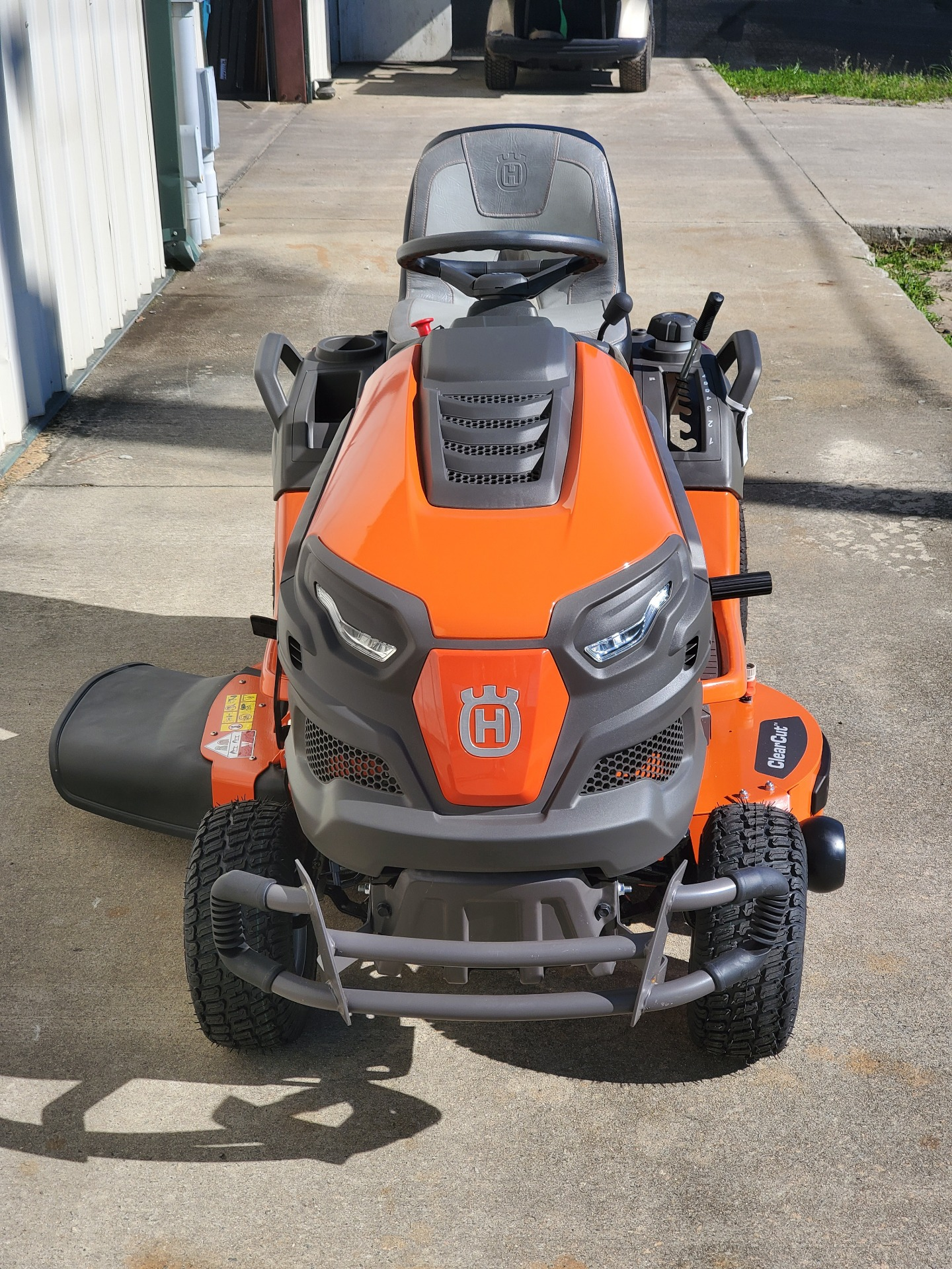 2021 Husqvarna 242XD in Tifton, Georgia - Photo 2