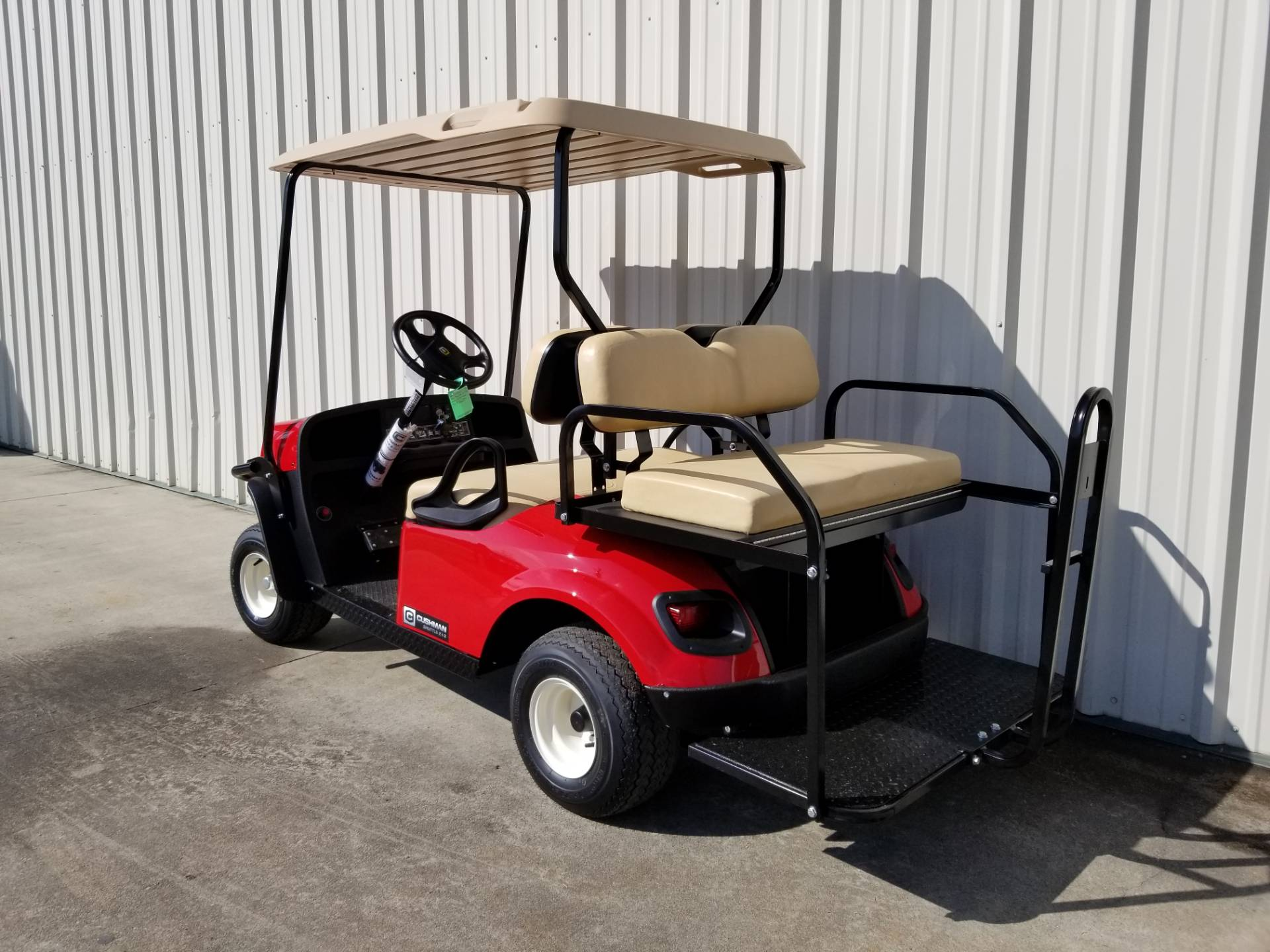 2019 Cushman Shuttle 4 Electric in Tifton, Georgia