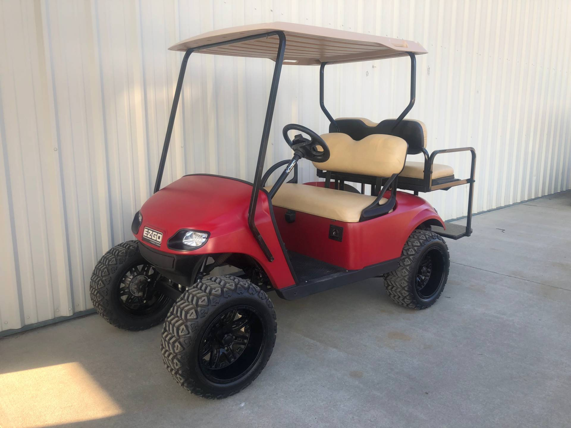 2014 E-Z-Go TXT 48V in Tifton, Georgia