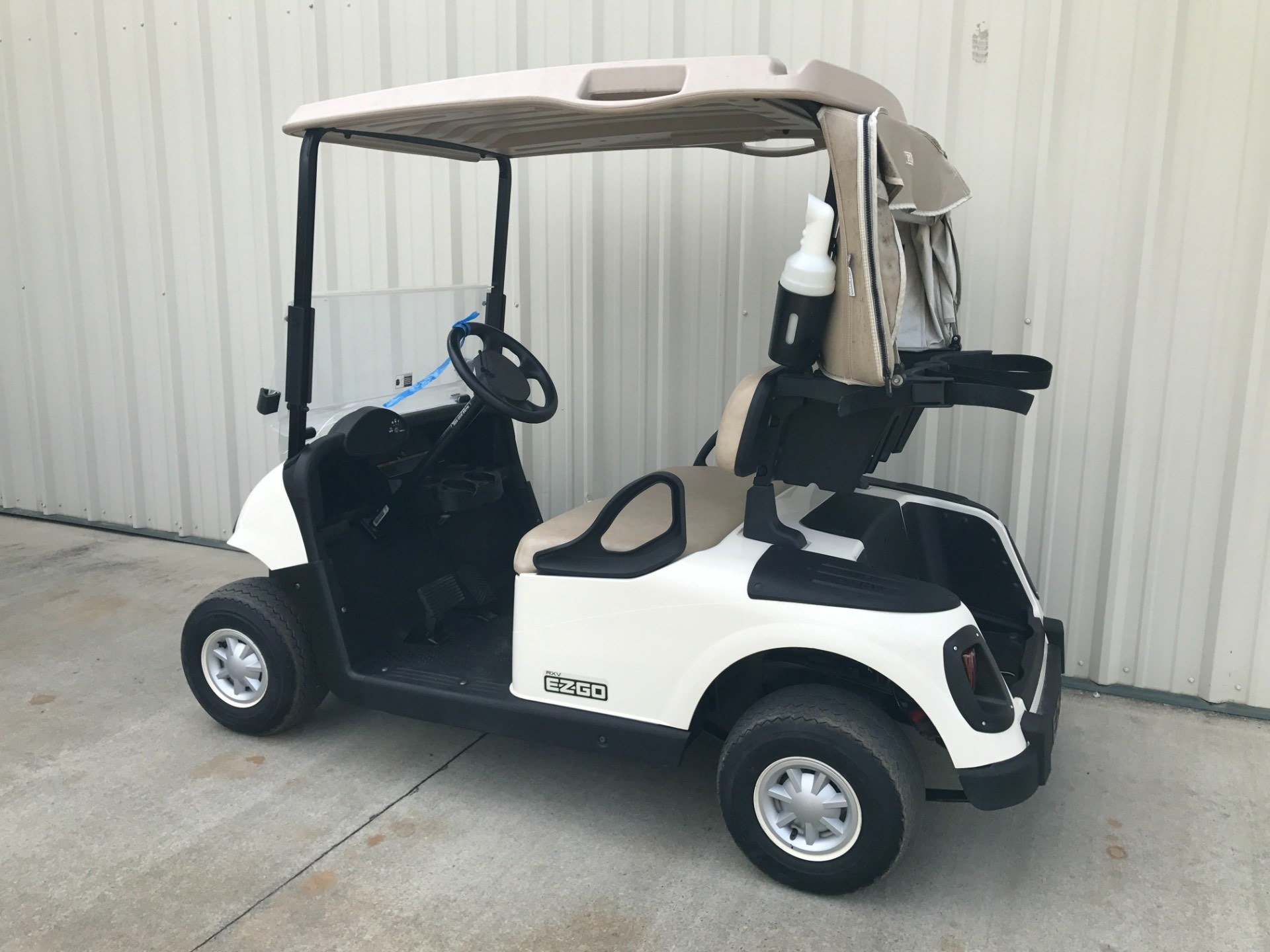 2015 E-Z-Go RXV Electric in Tifton, Georgia