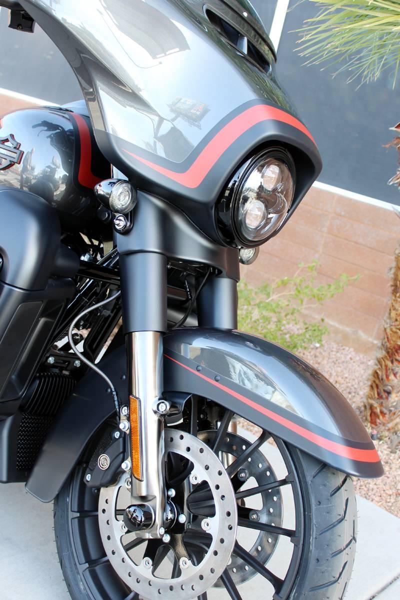 2018 Harley-Davidson CVO™ Street Glide® Motorcycles ...