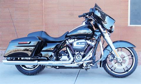 2017 Harley-Davidson Street Glide® in Kingman, Arizona