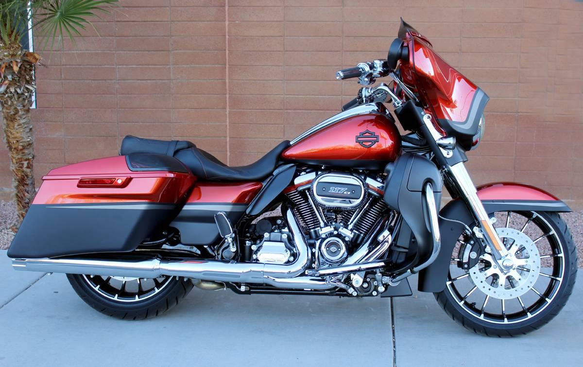 2018 Harley Davidson Cvo Street Glide For Sale