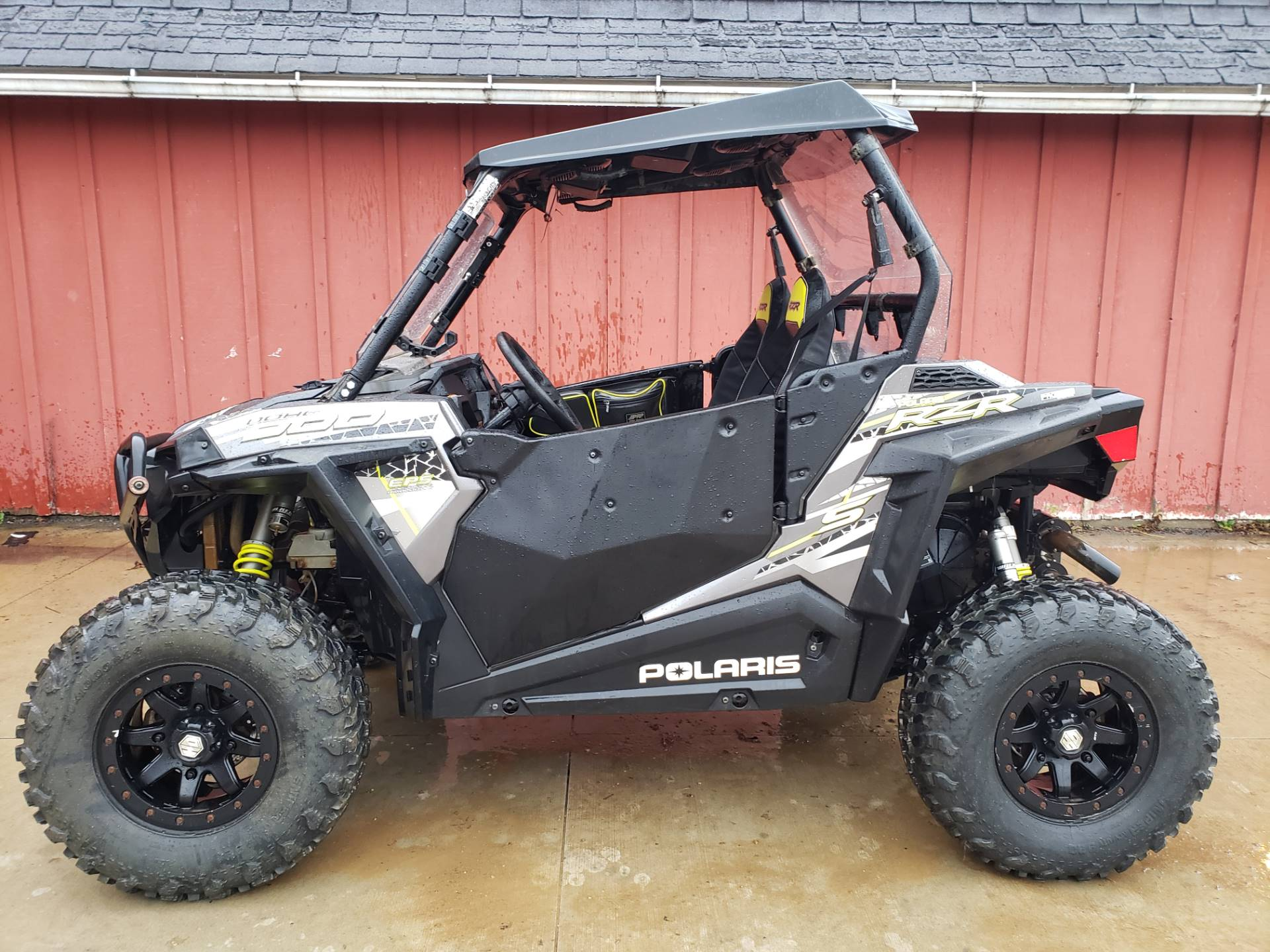 2017 Polaris RZR S 900 EPS in Cambridge, Ohio - Photo 1
