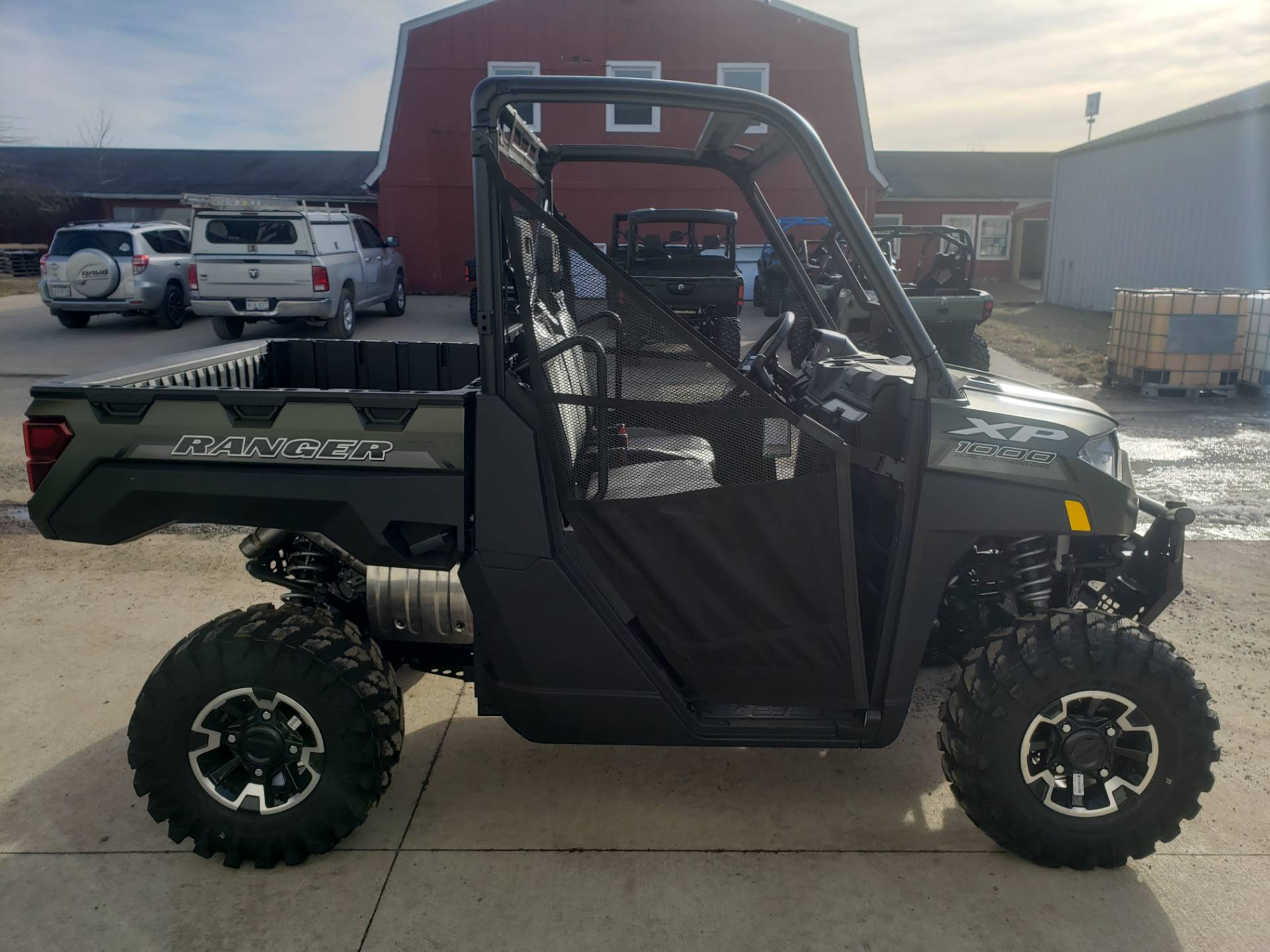 2020 Polaris Ranger XP 1000 Premium in Cambridge, Ohio - Photo 5