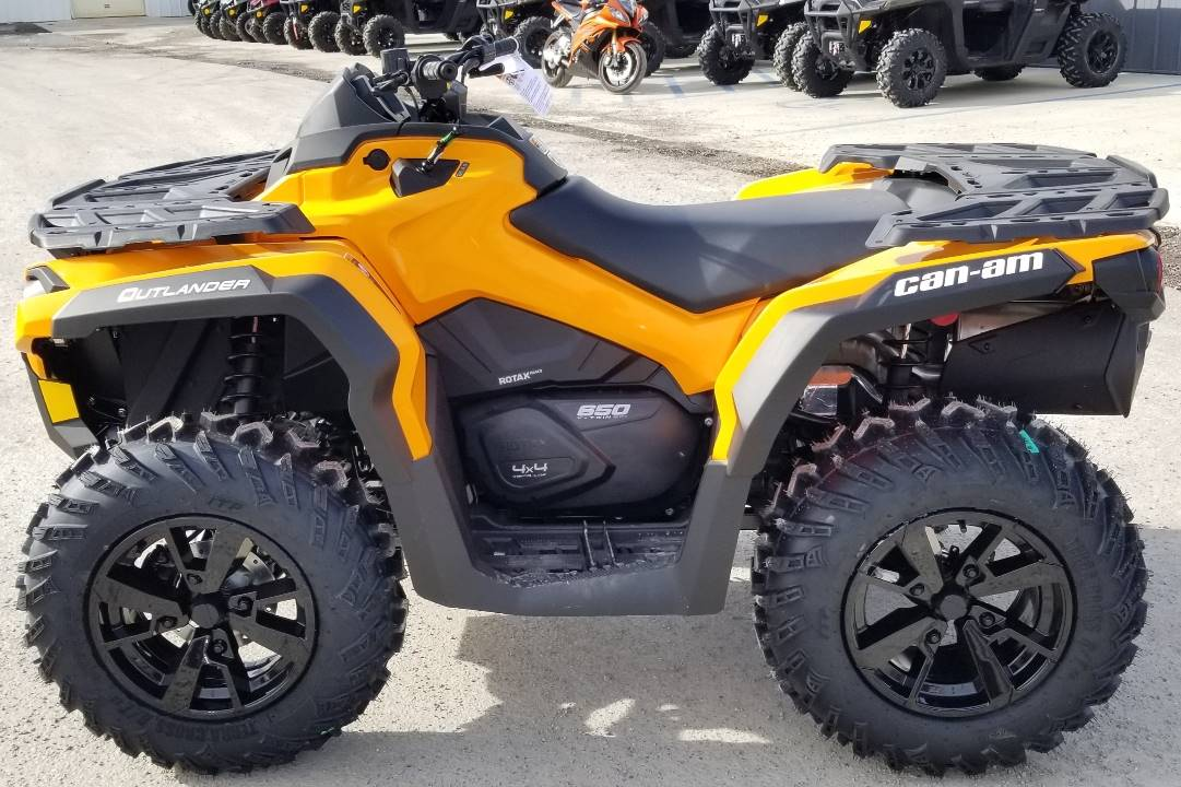 2020 Can-Am Outlander DPS 650 in Cambridge, Ohio - Photo 2