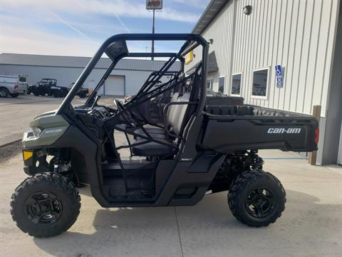 2020 Can-Am Defender DPS HD5 in Cambridge, Ohio - Photo 5