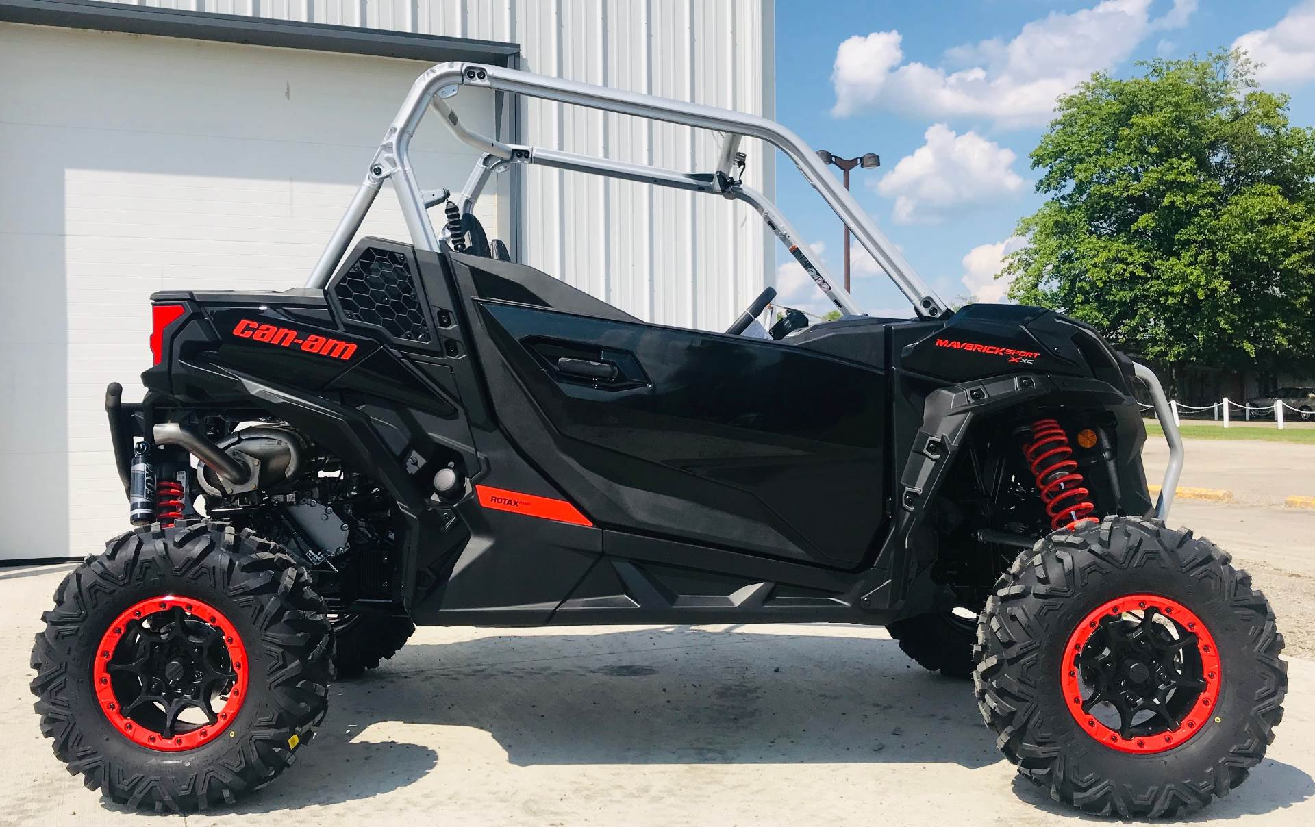 2020 Can-Am Maverick Sport X XC 1000R in Cambridge, Ohio - Photo 1
