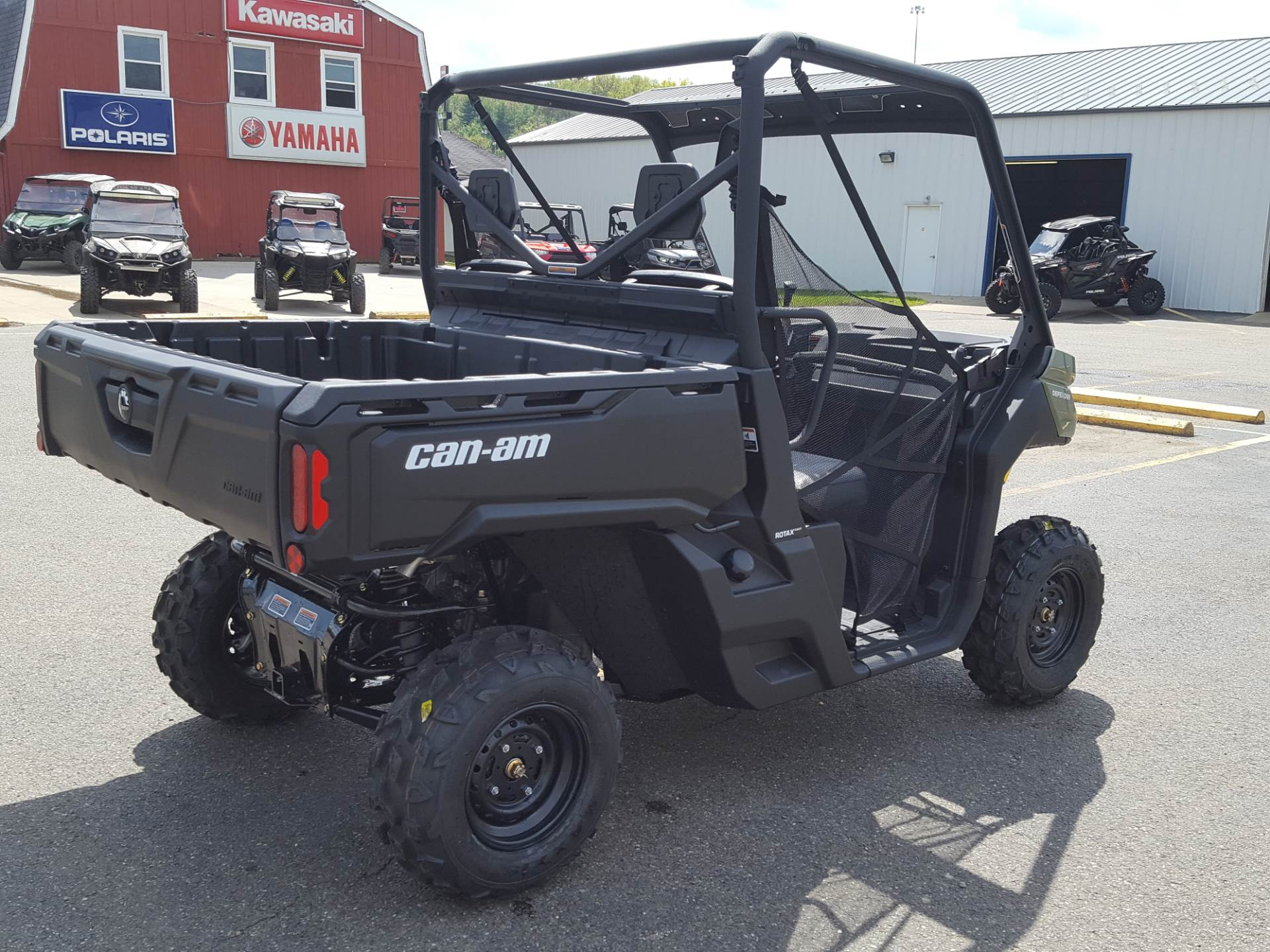 2019 Can-Am Defender DPS HD5 in Cambridge, Ohio - Photo 6